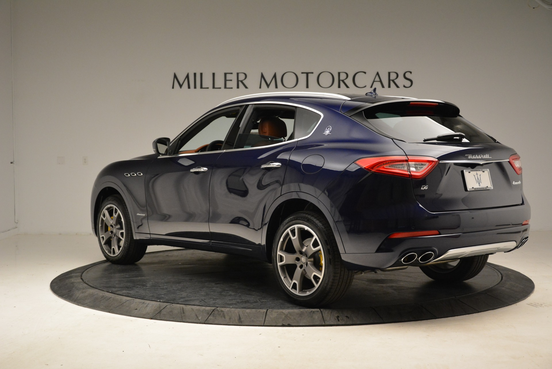 New 2018 Maserati Levante Q4 GranLusso For Sale In Westport, CT 1730_p6