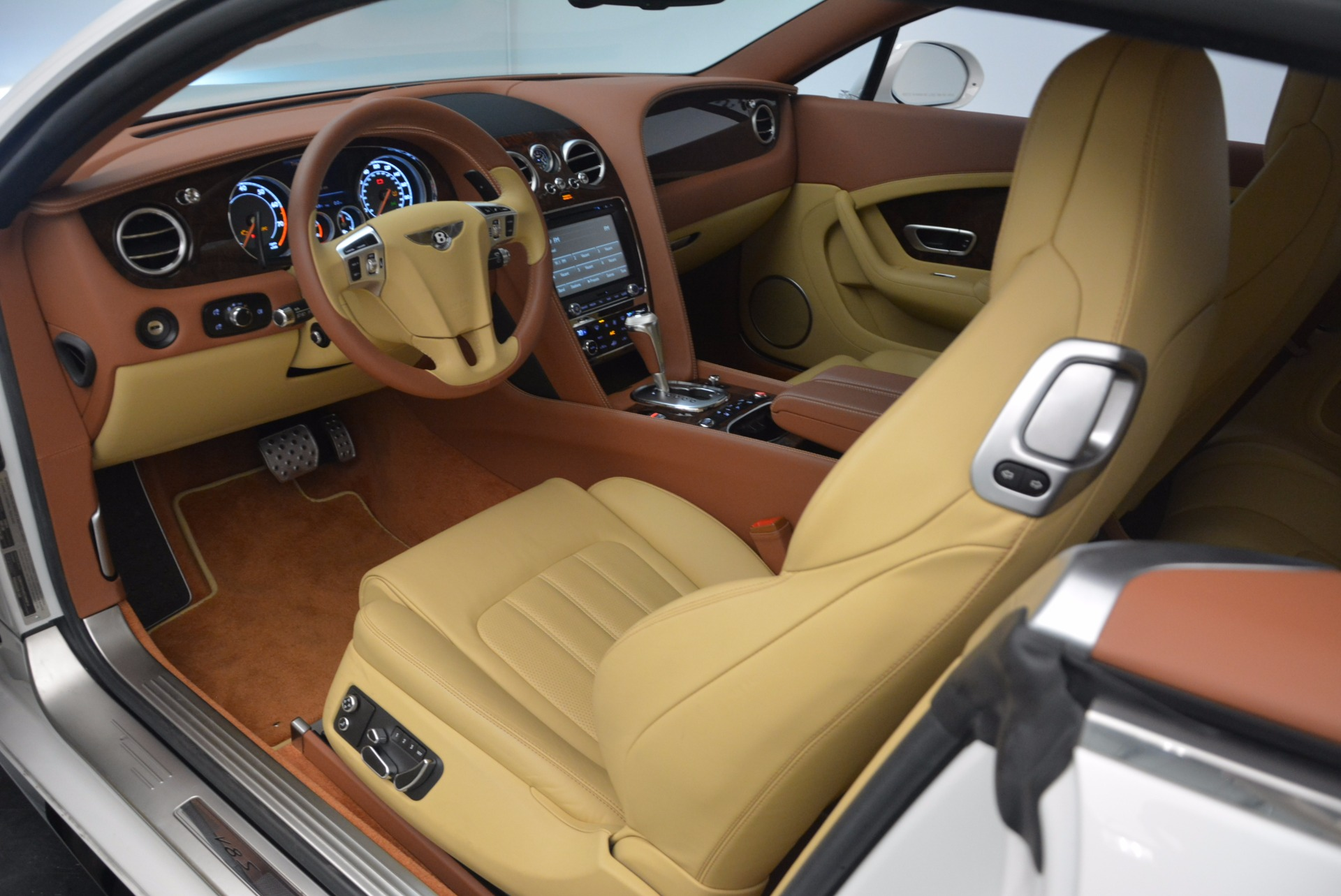 Used 2014 Bentley Continental GT V8 S For Sale In Westport, CT 1733_p23