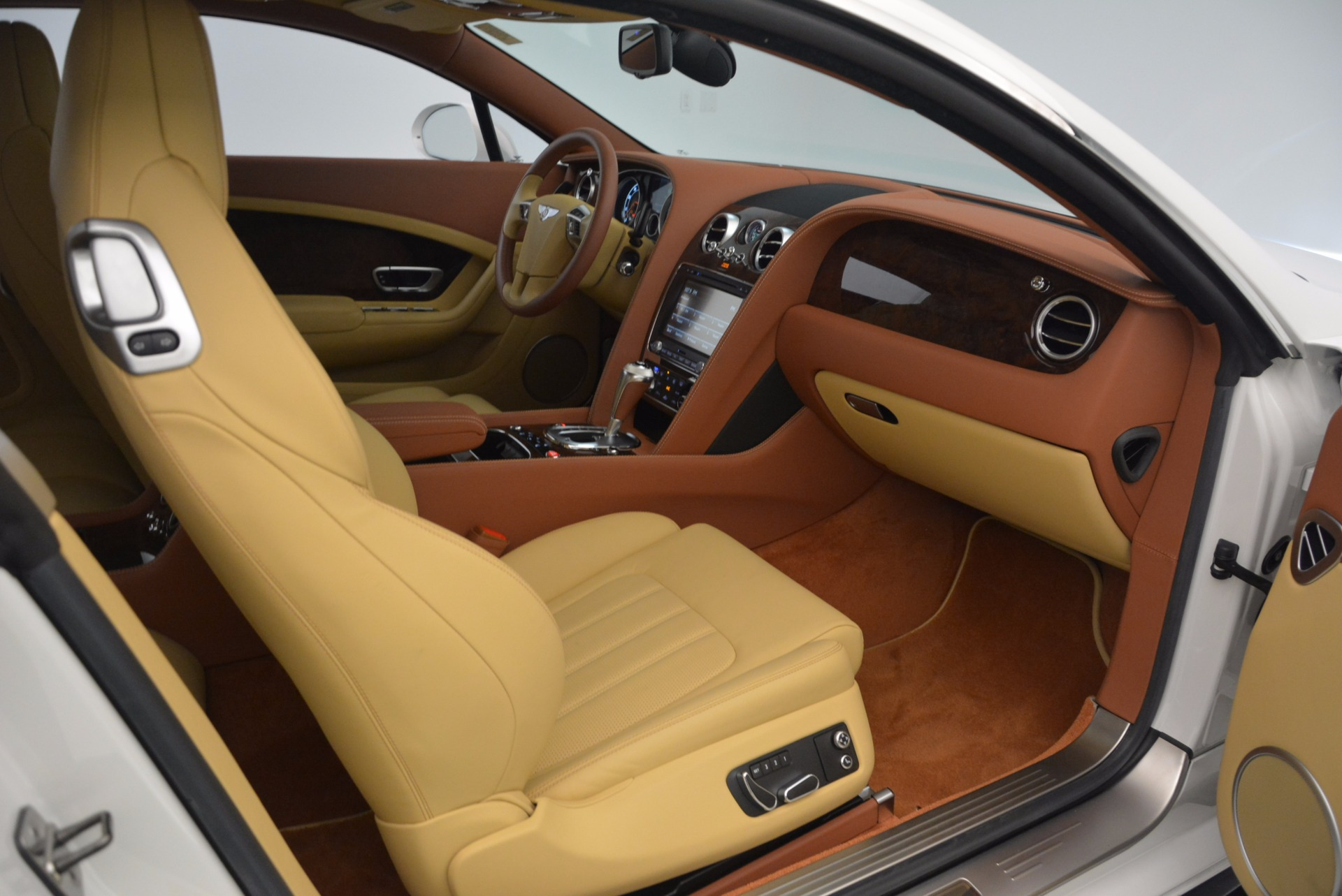 Used 2014 Bentley Continental GT V8 S For Sale In Westport, CT 1733_p40