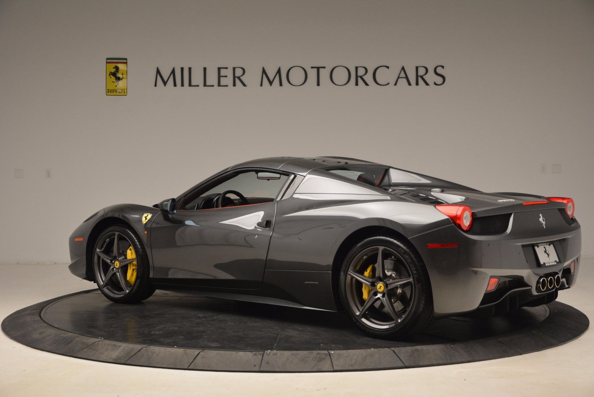 Used 2014 Ferrari 458 Spider  For Sale In Westport, CT 1734_p16