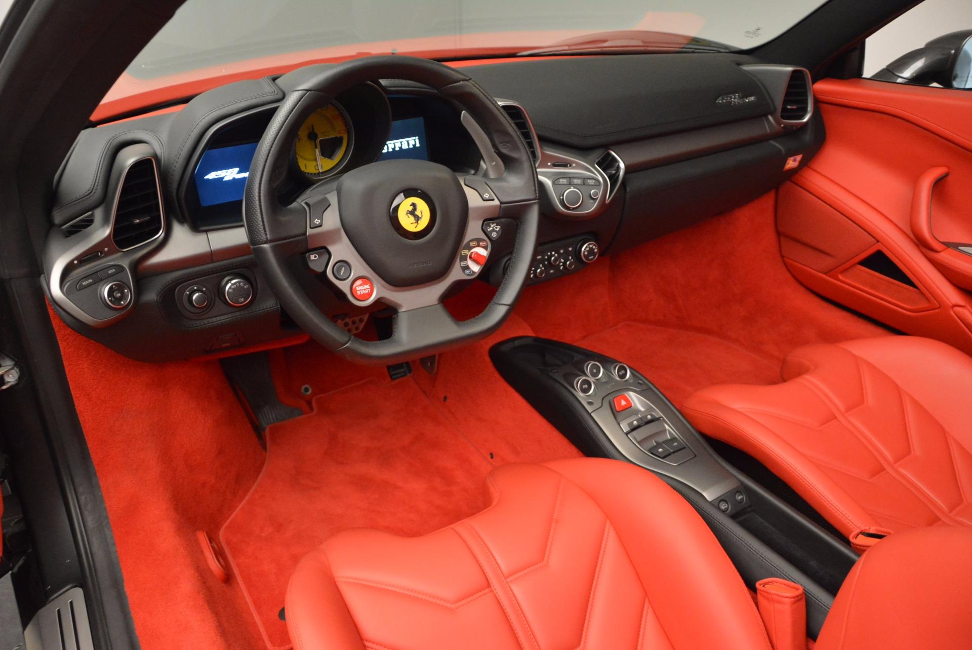 Used 2014 Ferrari 458 Spider  For Sale In Westport, CT 1734_p25
