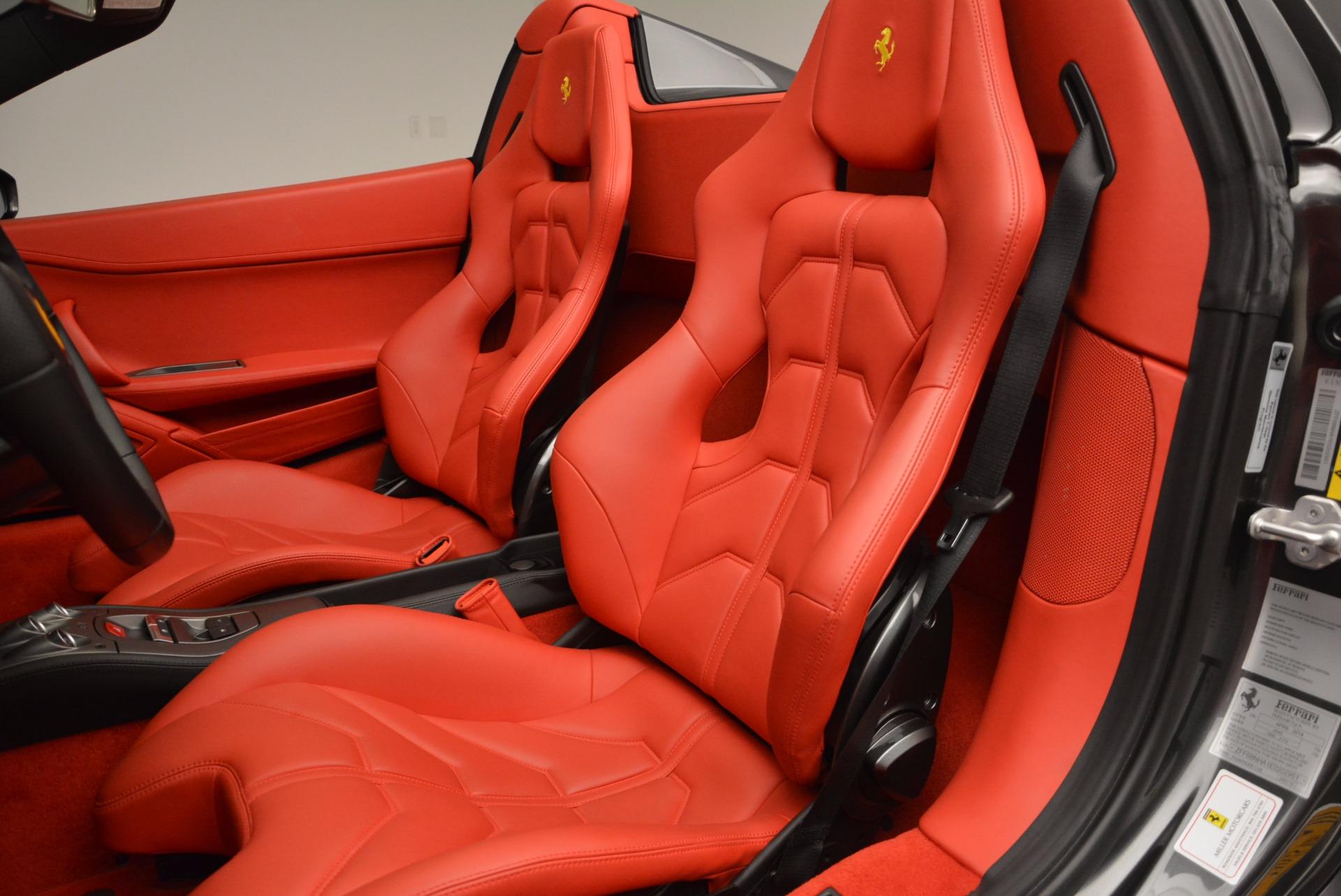 Used 2014 Ferrari 458 Spider  For Sale In Westport, CT 1734_p27