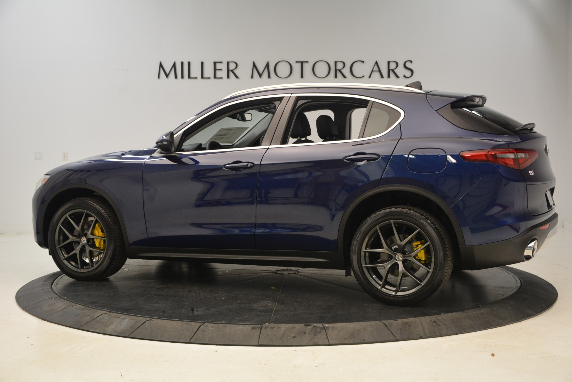 New 2018 Alfa Romeo Stelvio Sport Q4 For Sale In Westport, CT 1743_p4
