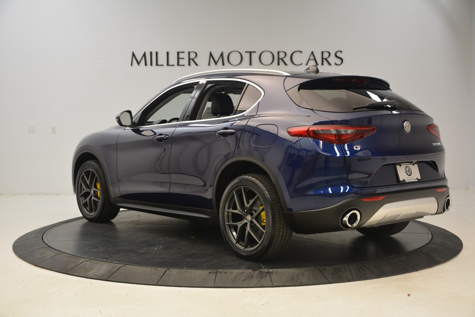 New 2018 Alfa Romeo Stelvio Sport Q4 For Sale In Westport, CT 1743_p5