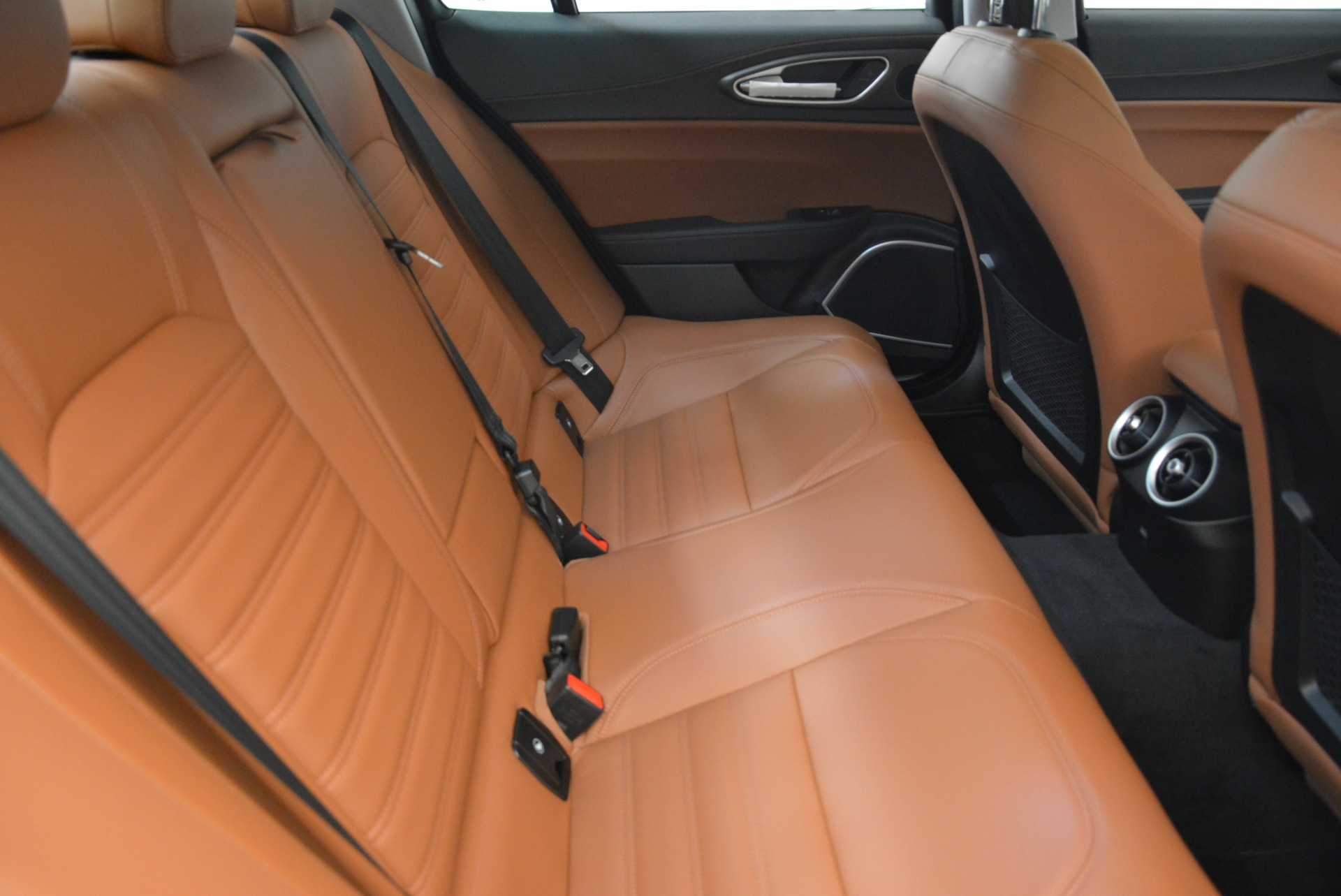 New 2018 Alfa Romeo Giulia Ti Lusso Q4 For Sale In Westport, CT 1747_p23