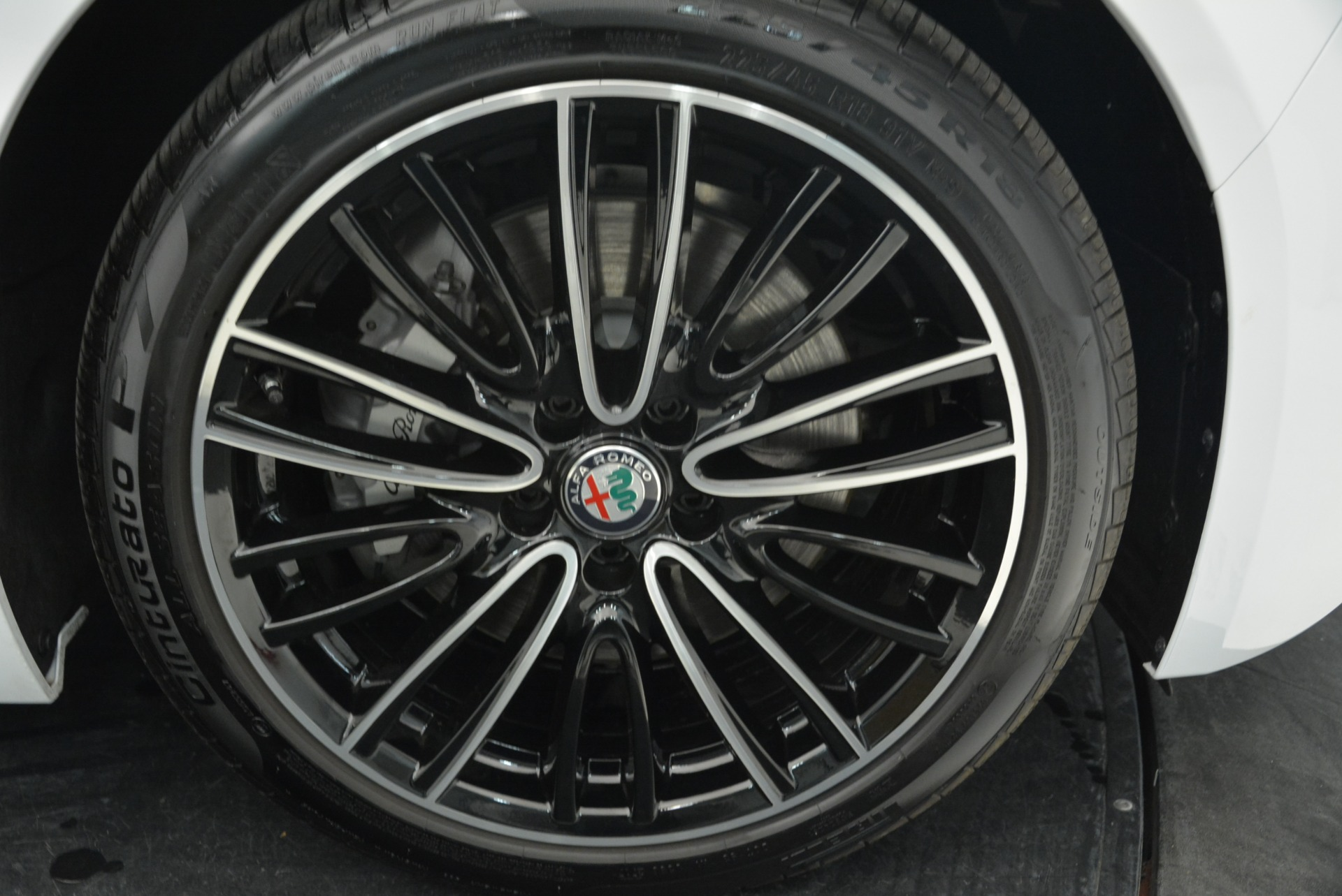 New 2018 Alfa Romeo Giulia Ti Lusso Q4 For Sale In Westport, CT 1747_p25