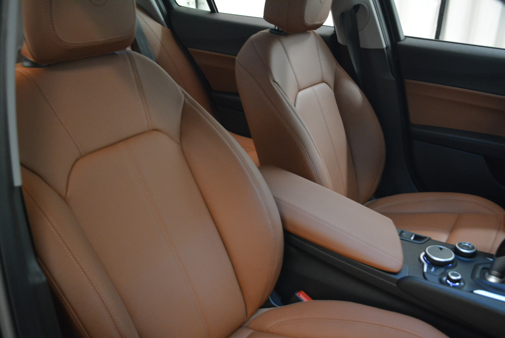 New 2018 Alfa Romeo Giulia Q4 For Sale In Westport, CT 1762_p21