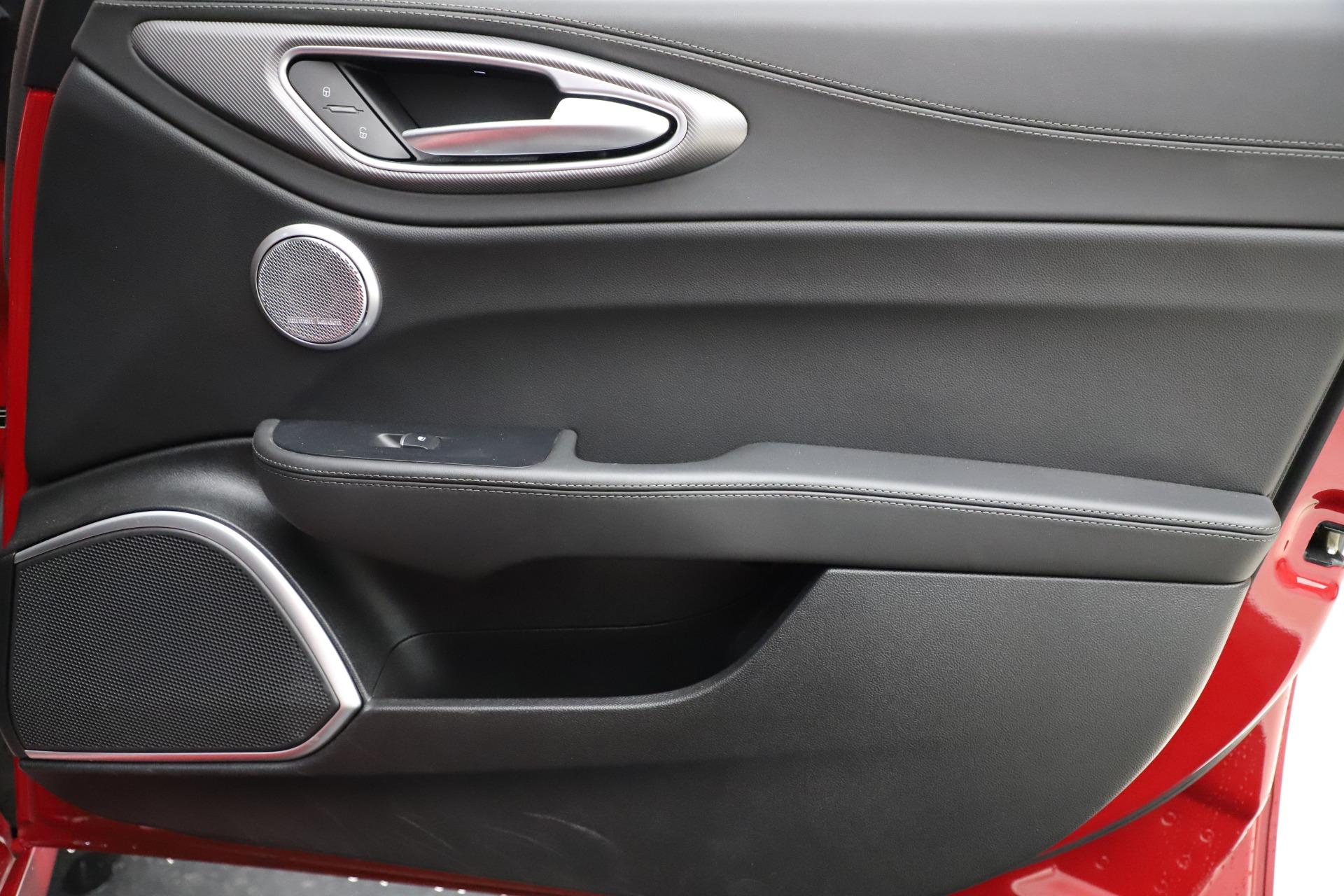 New 2018 Alfa Romeo Giulia Ti Sport Q4 For Sale In Westport, CT 1766_p25