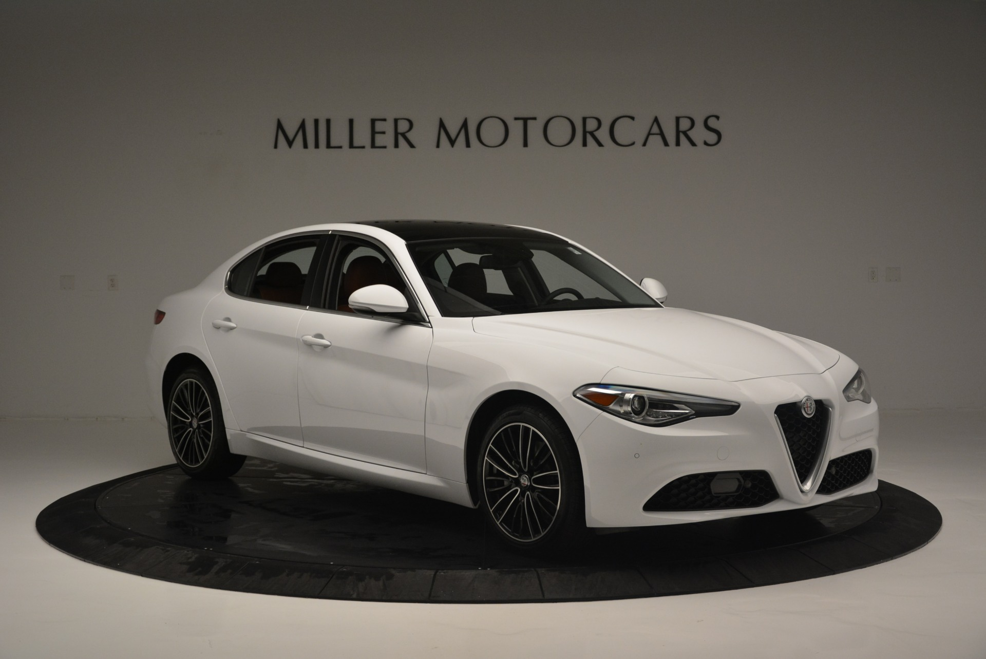 New 2018 Alfa Romeo Giulia Ti Lusso Q4 For Sale In Westport, CT 1767_p11
