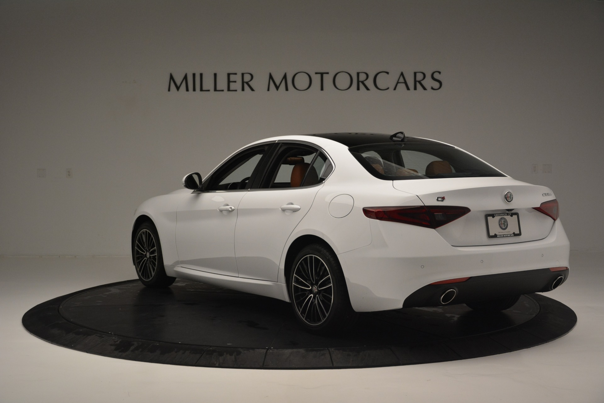 New 2018 Alfa Romeo Giulia Ti Lusso Q4 For Sale In Westport, CT 1767_p5