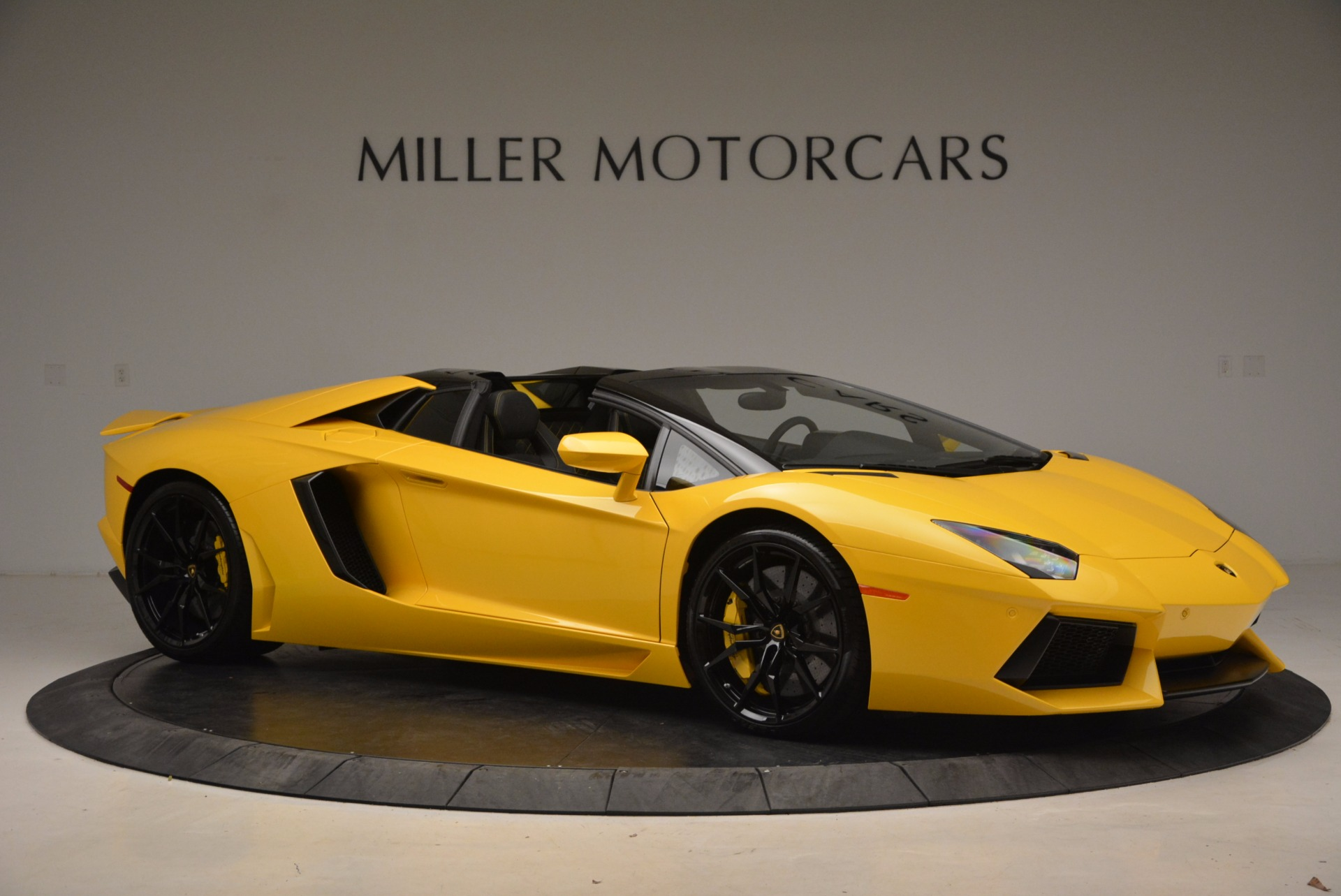 Used 2015 Lamborghini Aventador LP 700-4 Roadster For Sale In Westport, CT 1774_p11