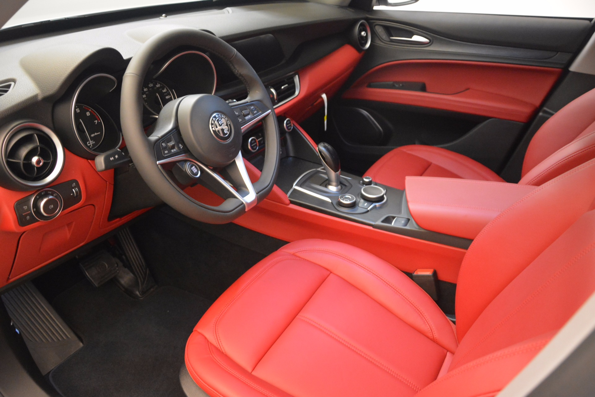 New 2018 Alfa Romeo Stelvio Ti Q4 For Sale In Westport, CT 1779_p13