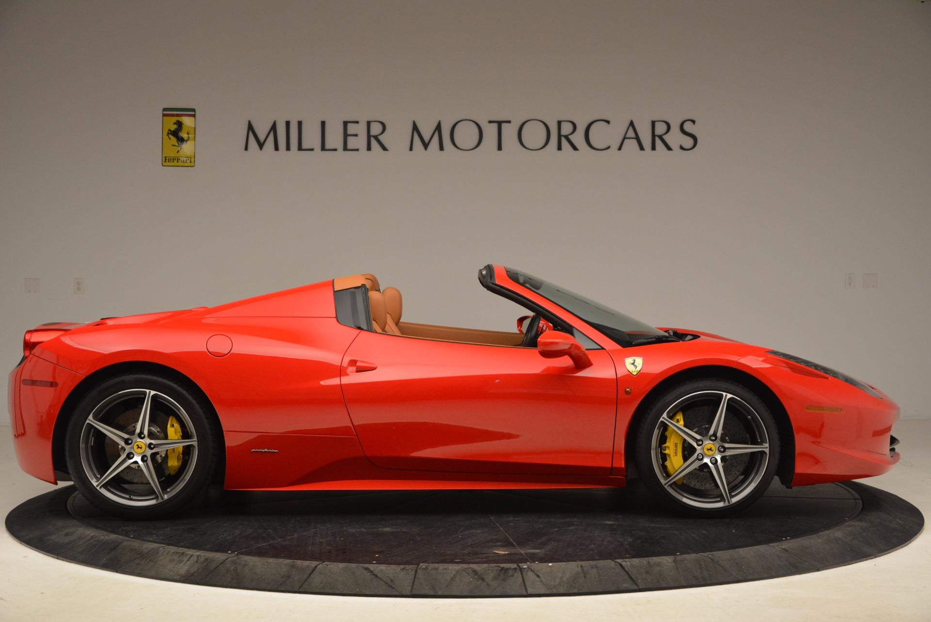 Used 2013 Ferrari 458 Spider  For Sale In Westport, CT 1784_p9