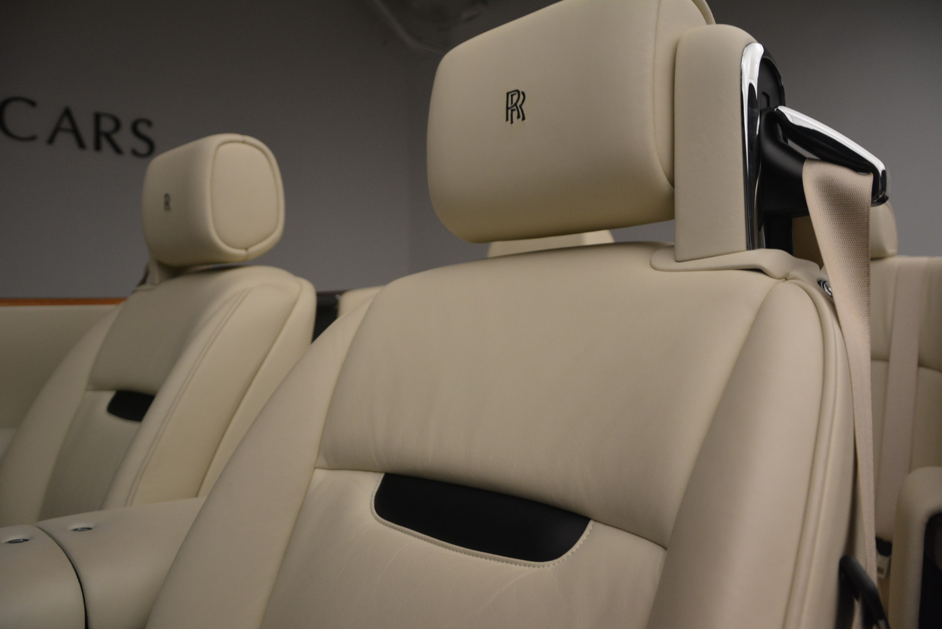 Used 2009 Rolls-Royce Phantom Drophead Coupe  For Sale In Westport, CT 1792_p33