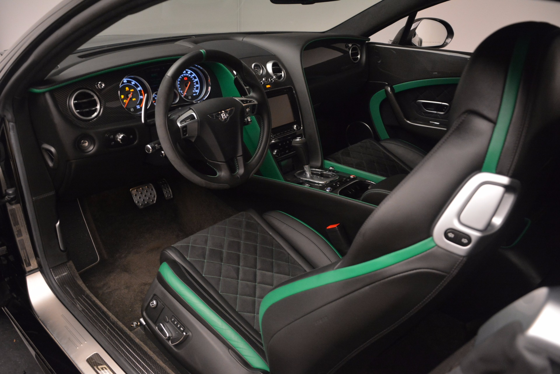 Used 2015 Bentley Continental GT GT3-R For Sale In Westport, CT 1794_p18