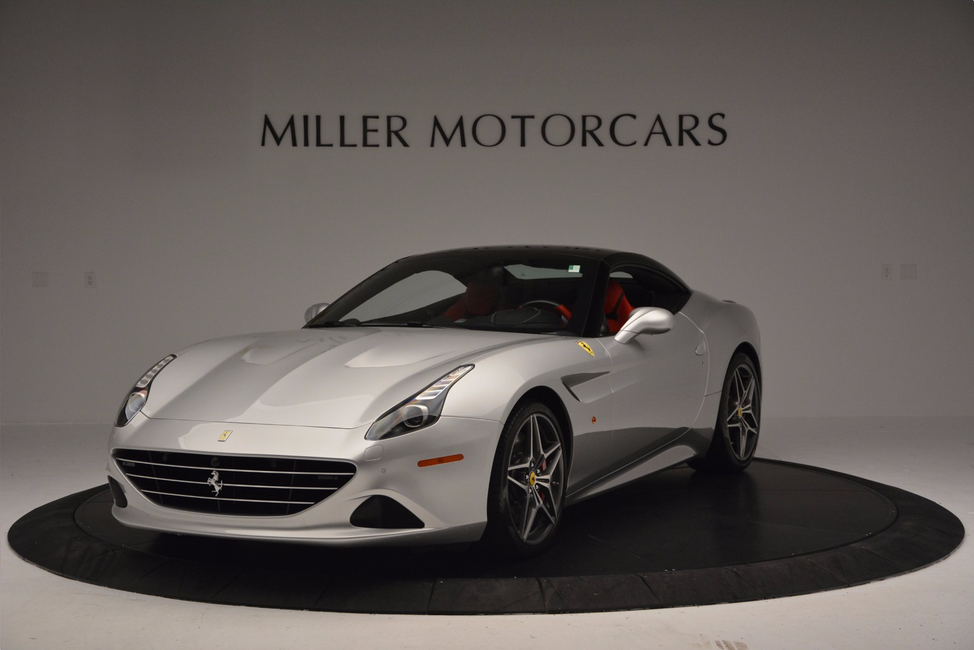Used 2015 Ferrari California T  For Sale In Westport, CT 1808_p13