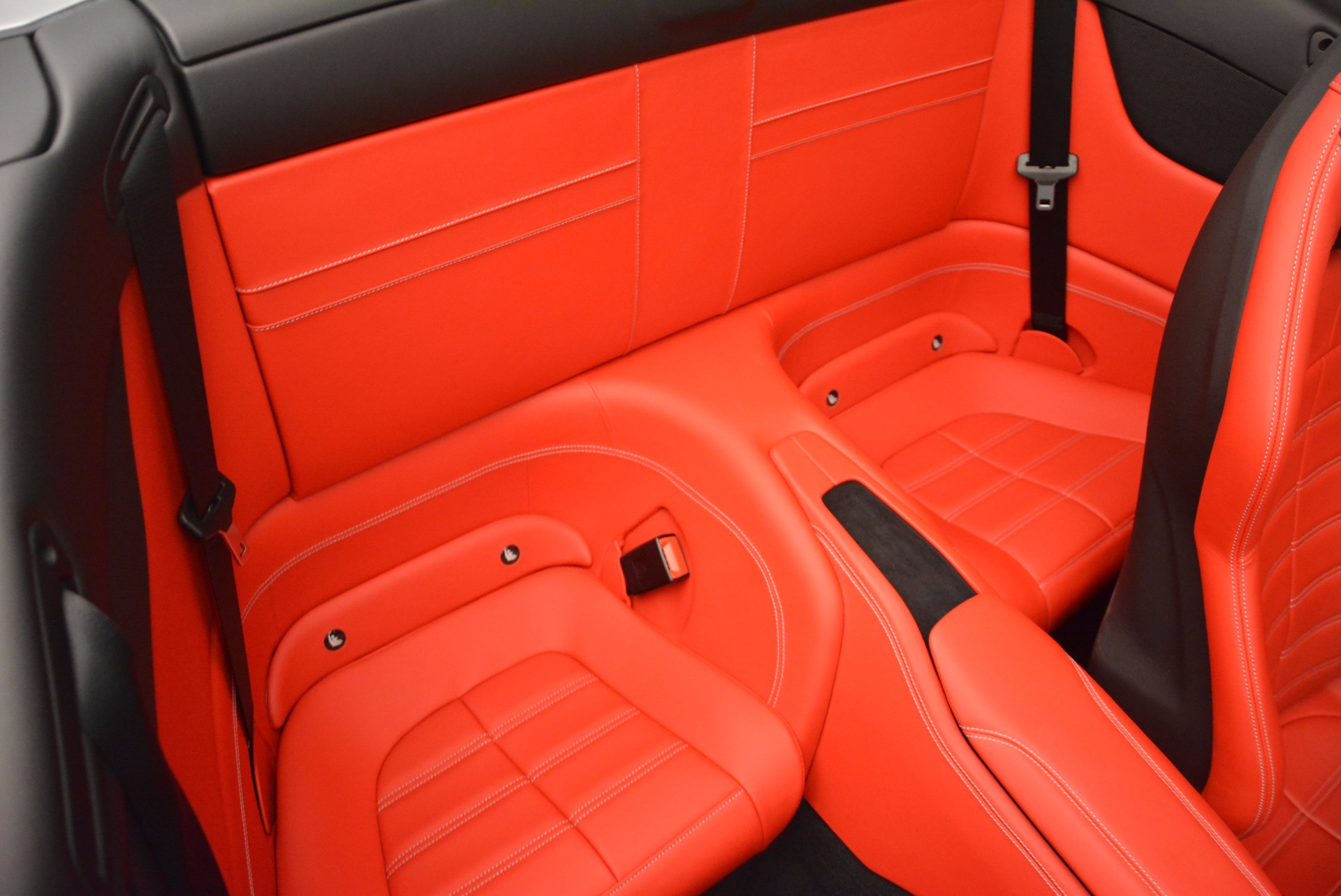 Used 2015 Ferrari California T  For Sale In Westport, CT 1808_p33