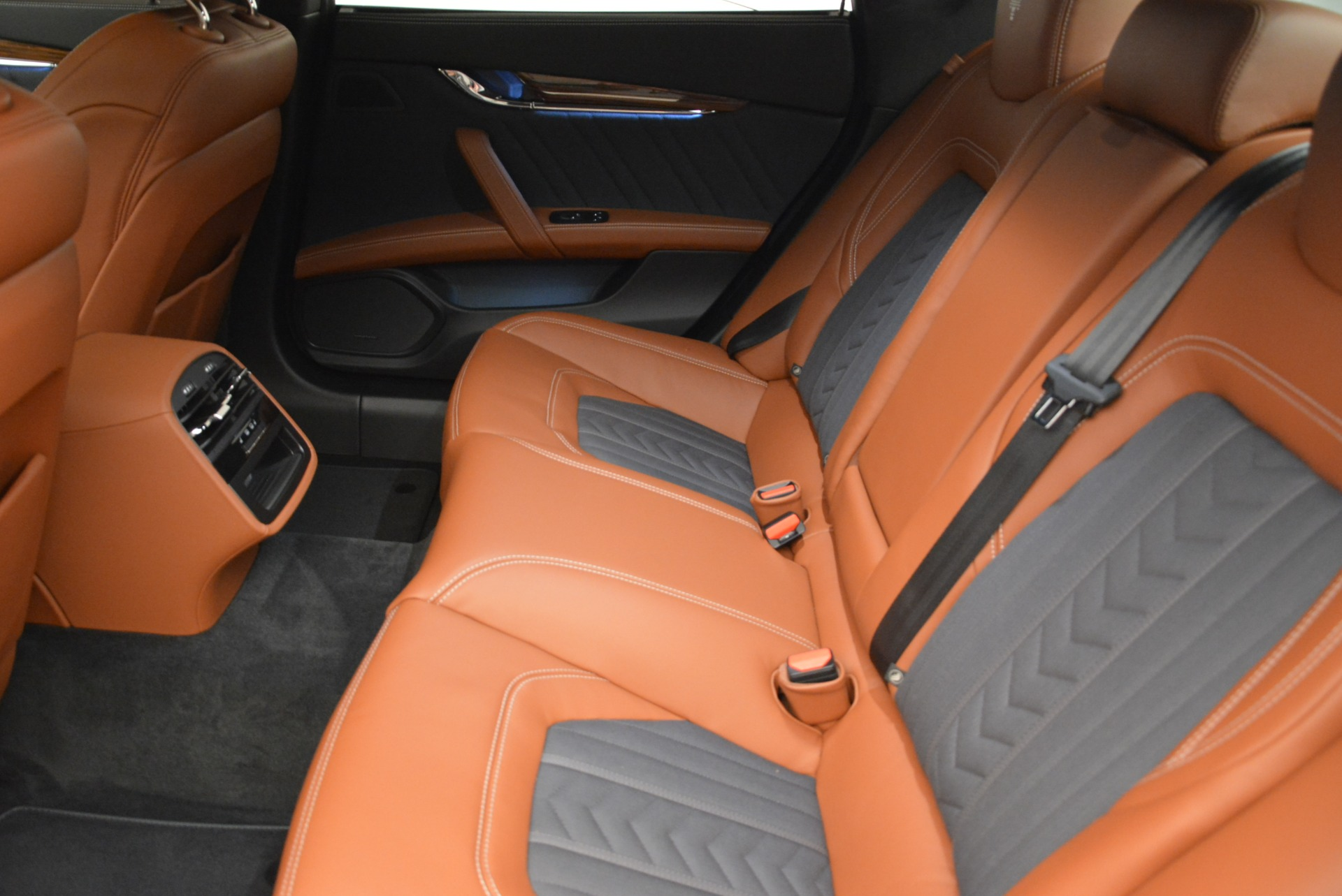 New 2018 Maserati Quattroporte S Q4 GranLusso For Sale In Westport, CT 1816_p18