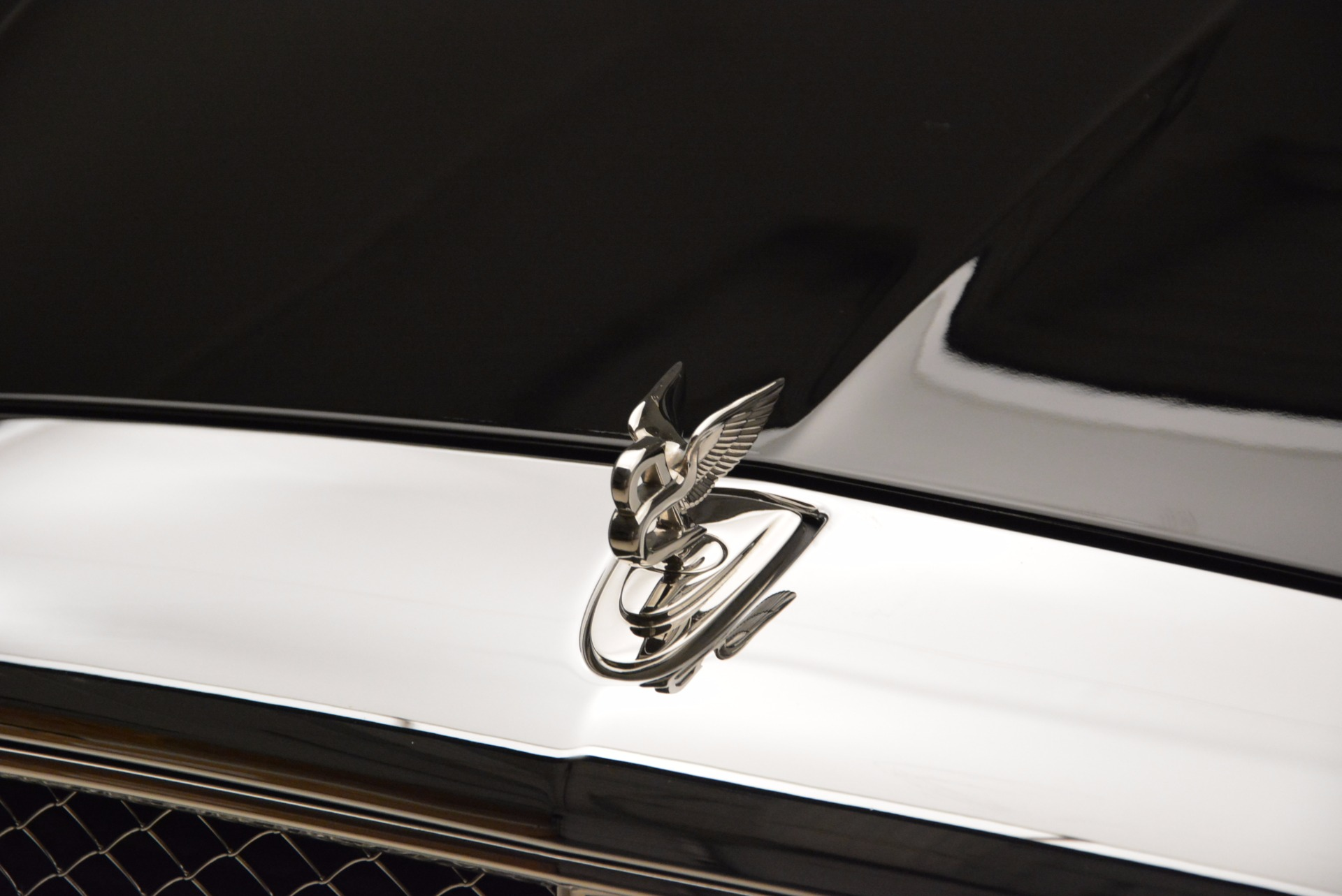 Used 2016 Bentley Mulsanne  For Sale In Westport, CT 1826_p15