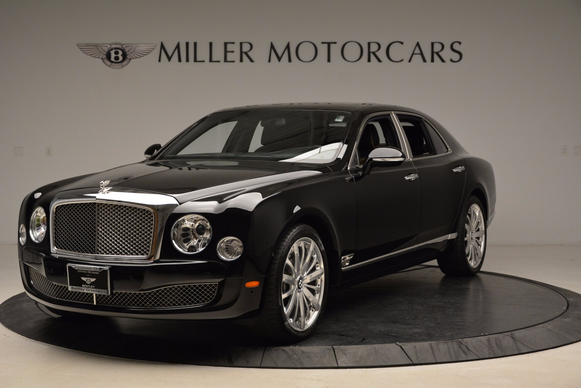 Used 2016 Bentley Mulsanne  For Sale In Westport, CT 1826_p2