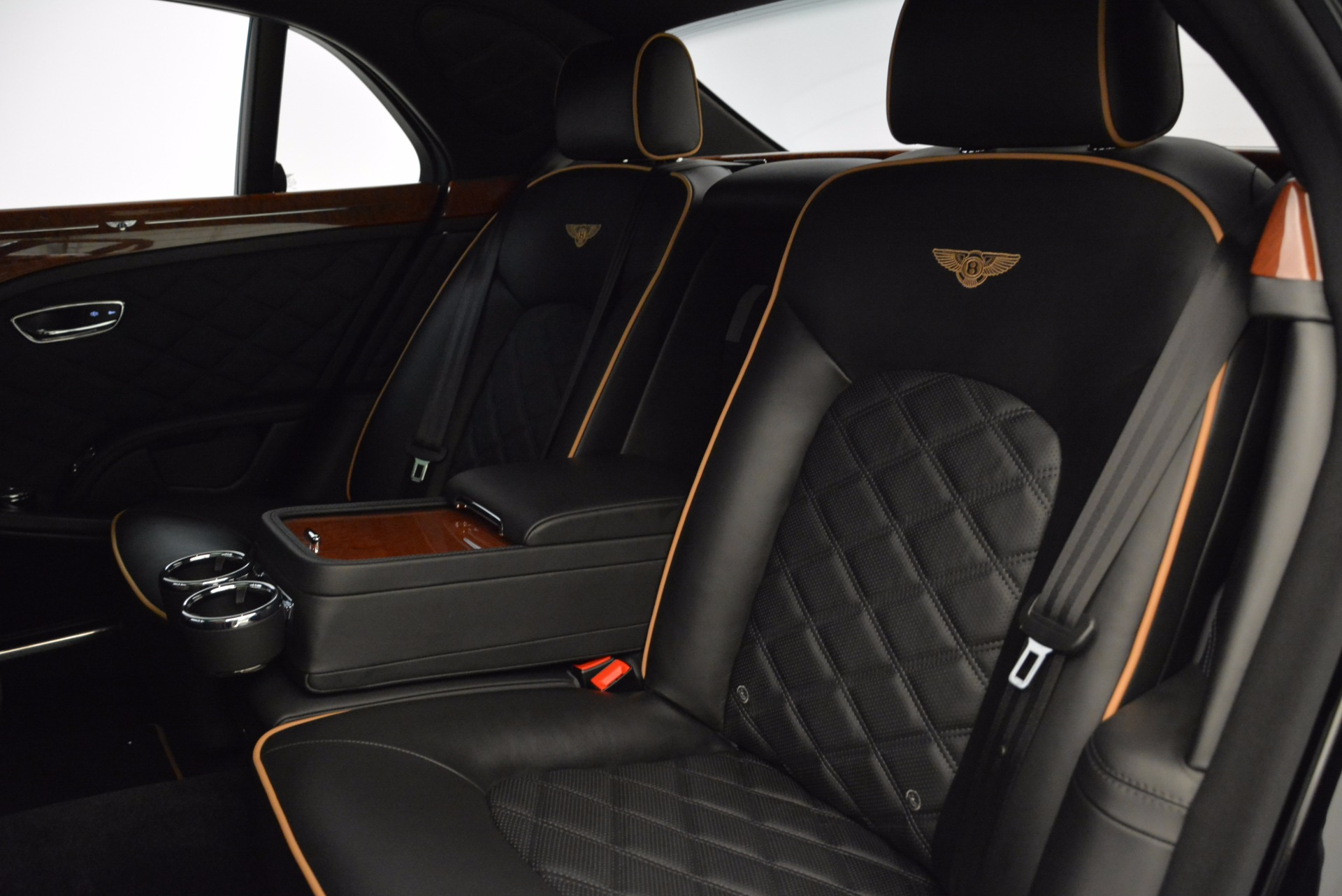 Used 2016 Bentley Mulsanne  For Sale In Westport, CT 1826_p35