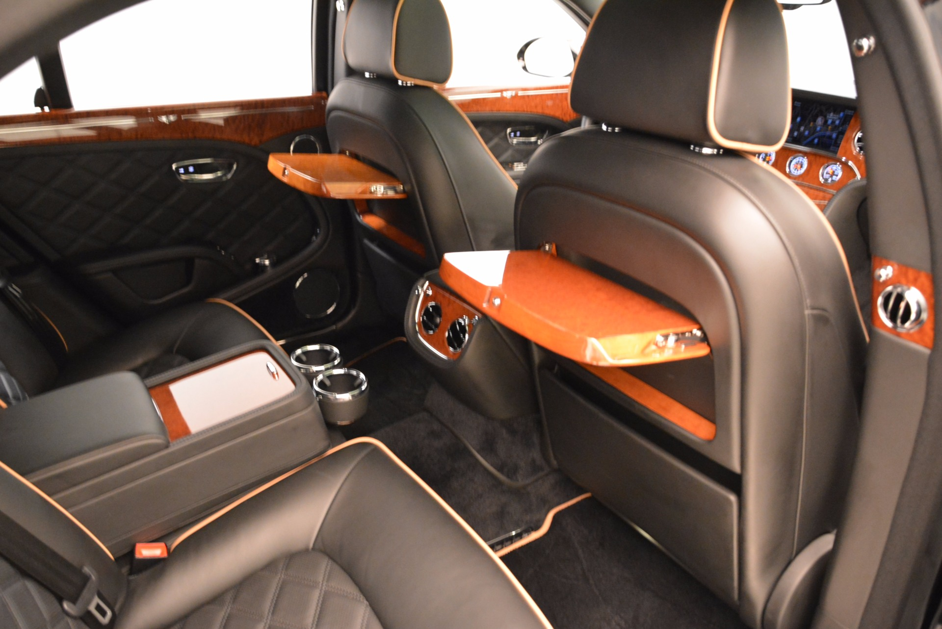 Used 2016 Bentley Mulsanne  For Sale In Westport, CT 1826_p41