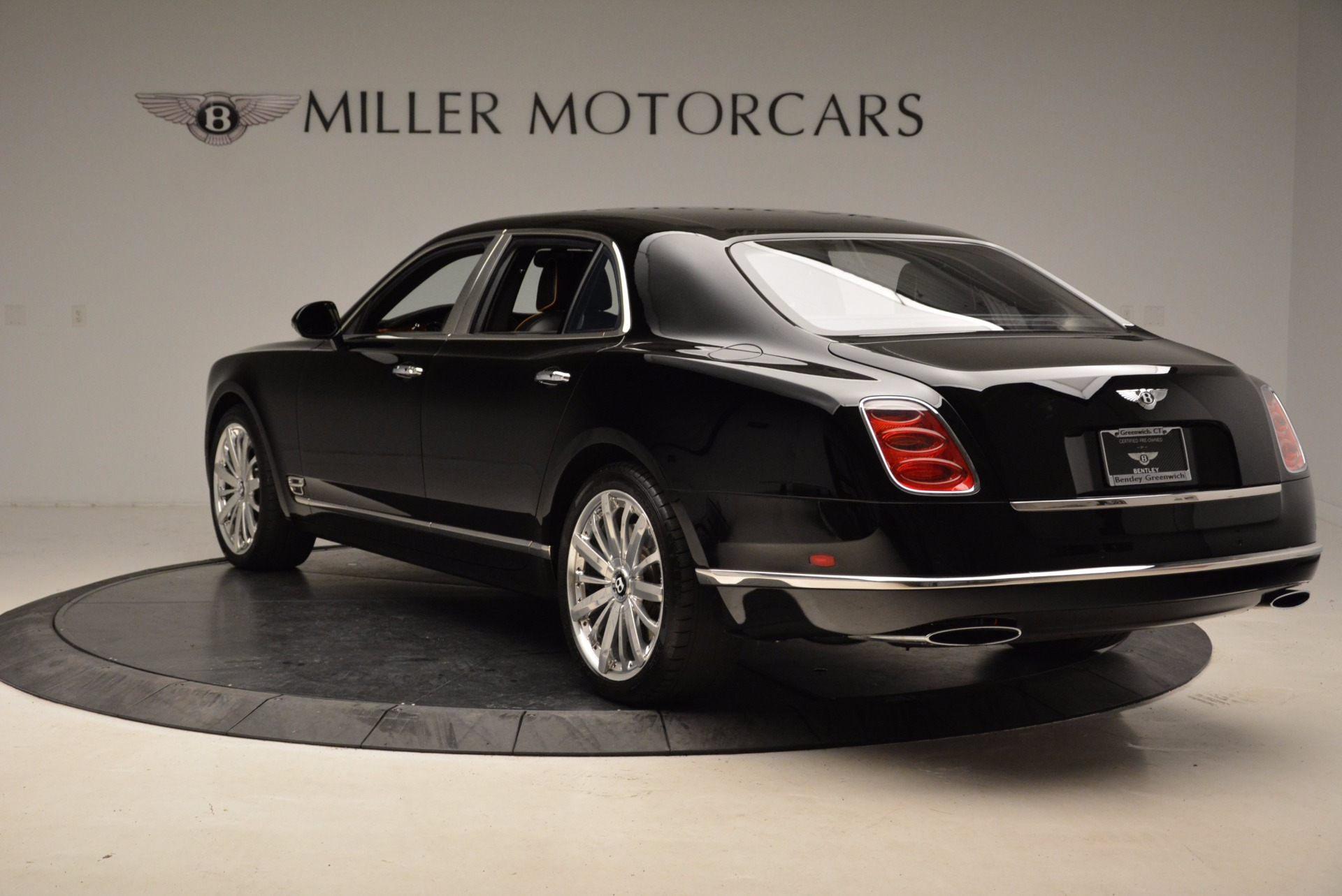 Used 2016 Bentley Mulsanne  For Sale In Westport, CT 1826_p6