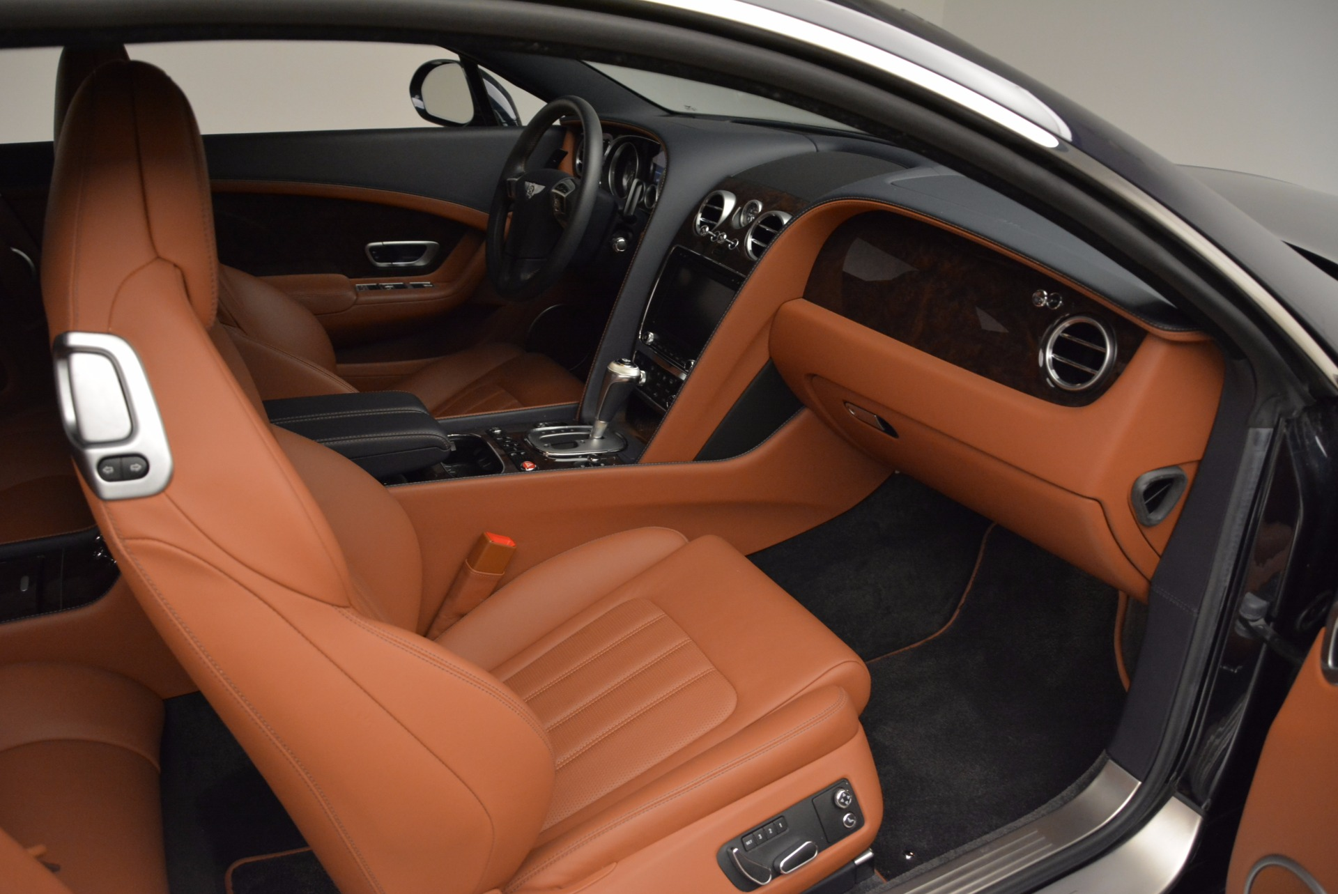 Used 2014 Bentley Continental GT W12 For Sale In Westport, CT 1845_p31