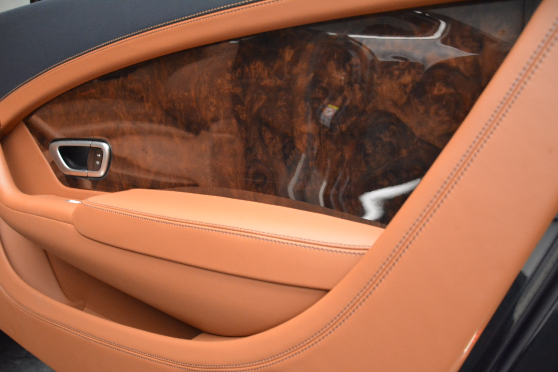 Used 2014 Bentley Continental GT W12 For Sale In Westport, CT 1845_p37