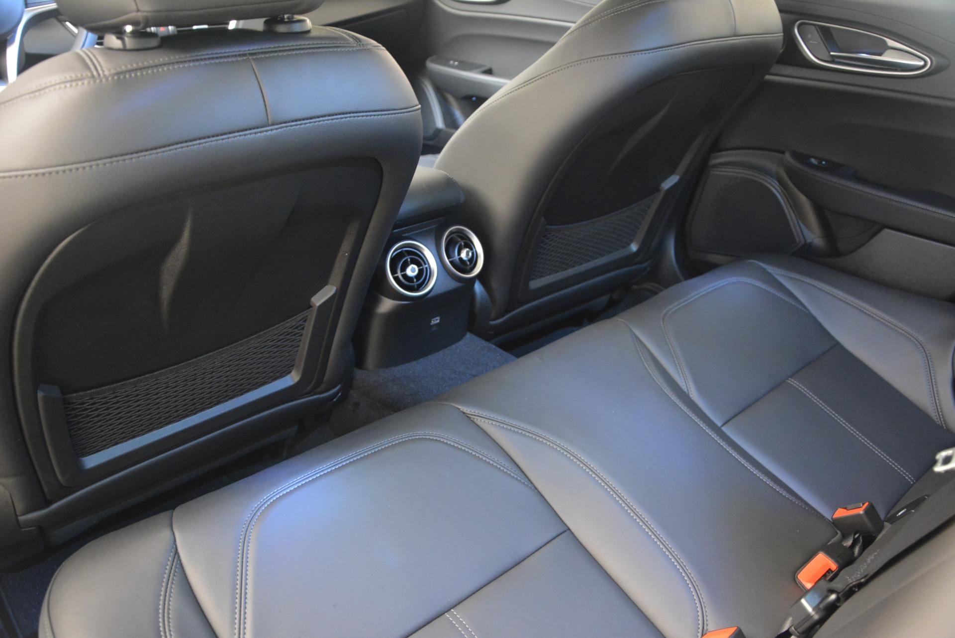 New 2018 Alfa Romeo Giulia Q4 For Sale In Westport, CT 1848_p18