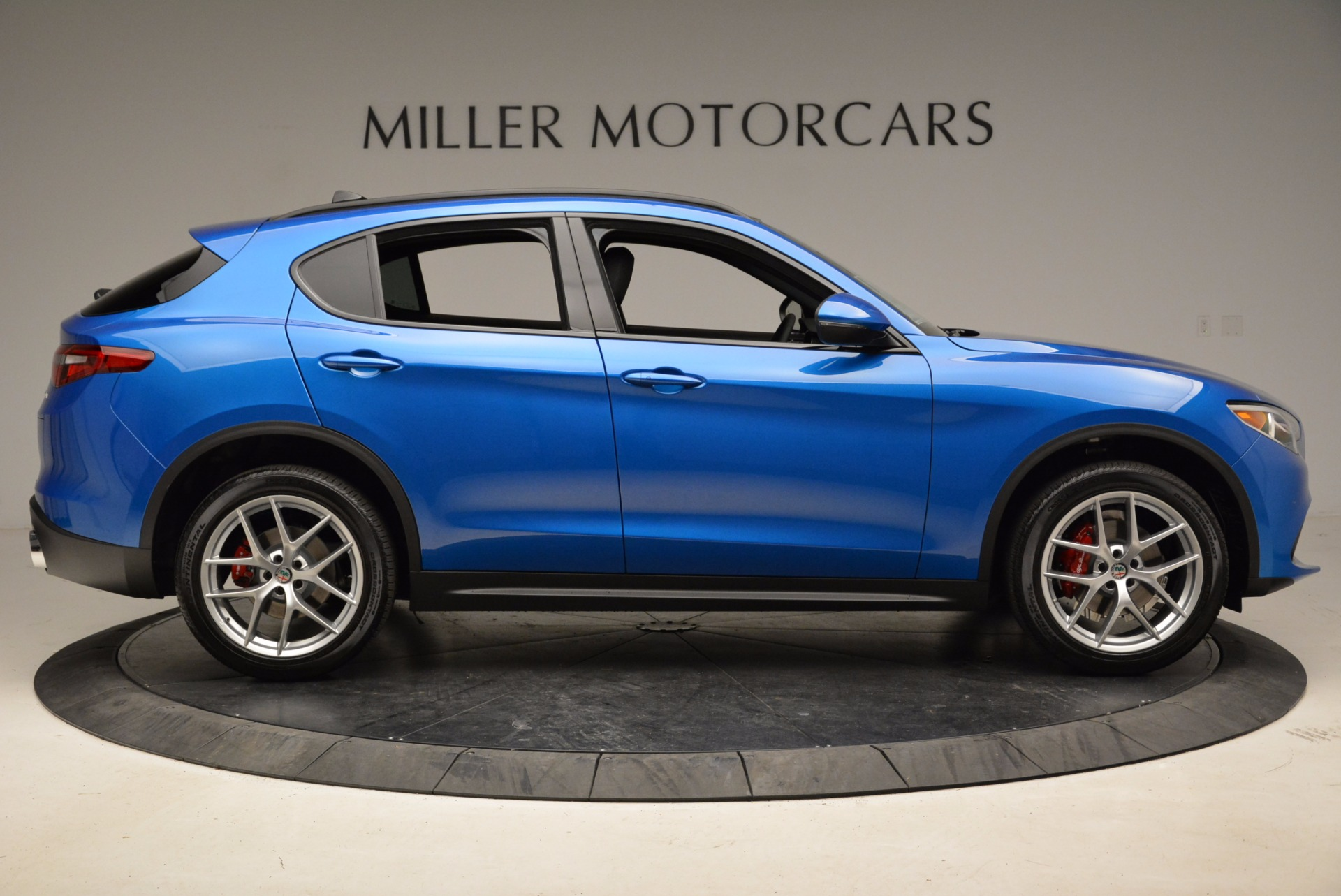 New 2018 Alfa Romeo Stelvio Ti Sport Q4 For Sale In Westport, CT 1849_p9
