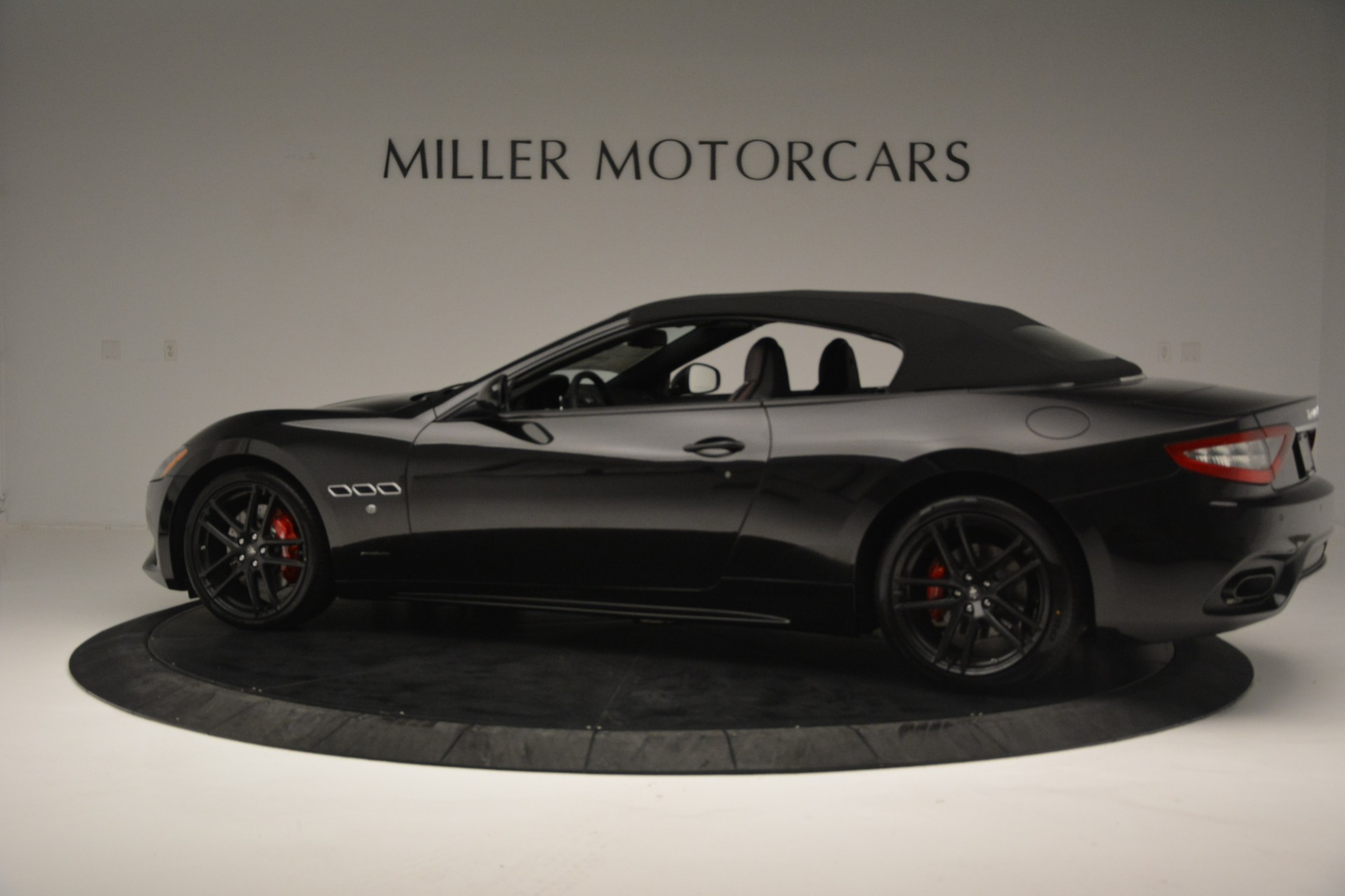 New 2018 Maserati GranTurismo Sport Convertible For Sale In Westport, CT 1863_p4