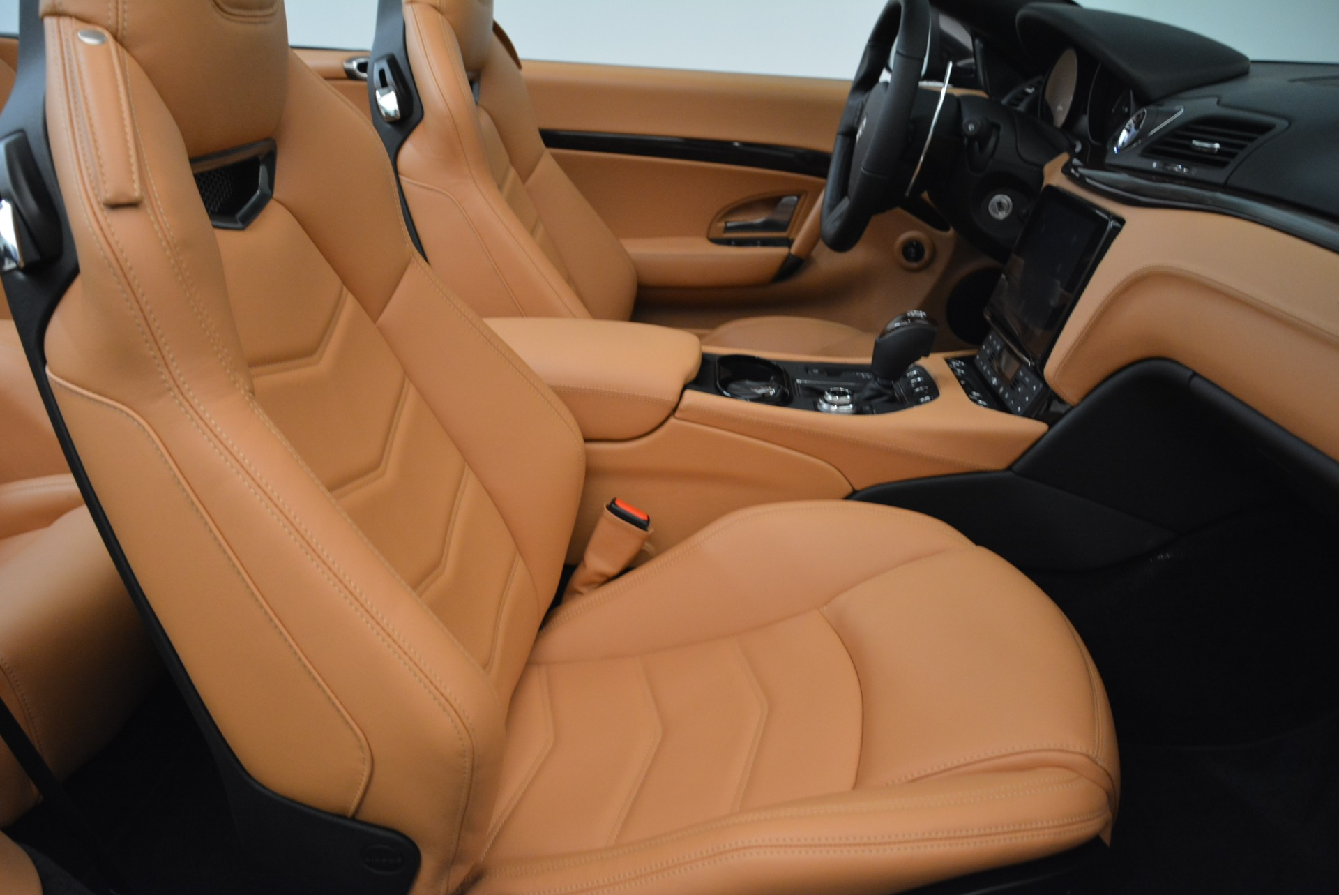 Used 2018 Maserati GranTurismo Sport Convertible For Sale In Westport, CT 1865_p32