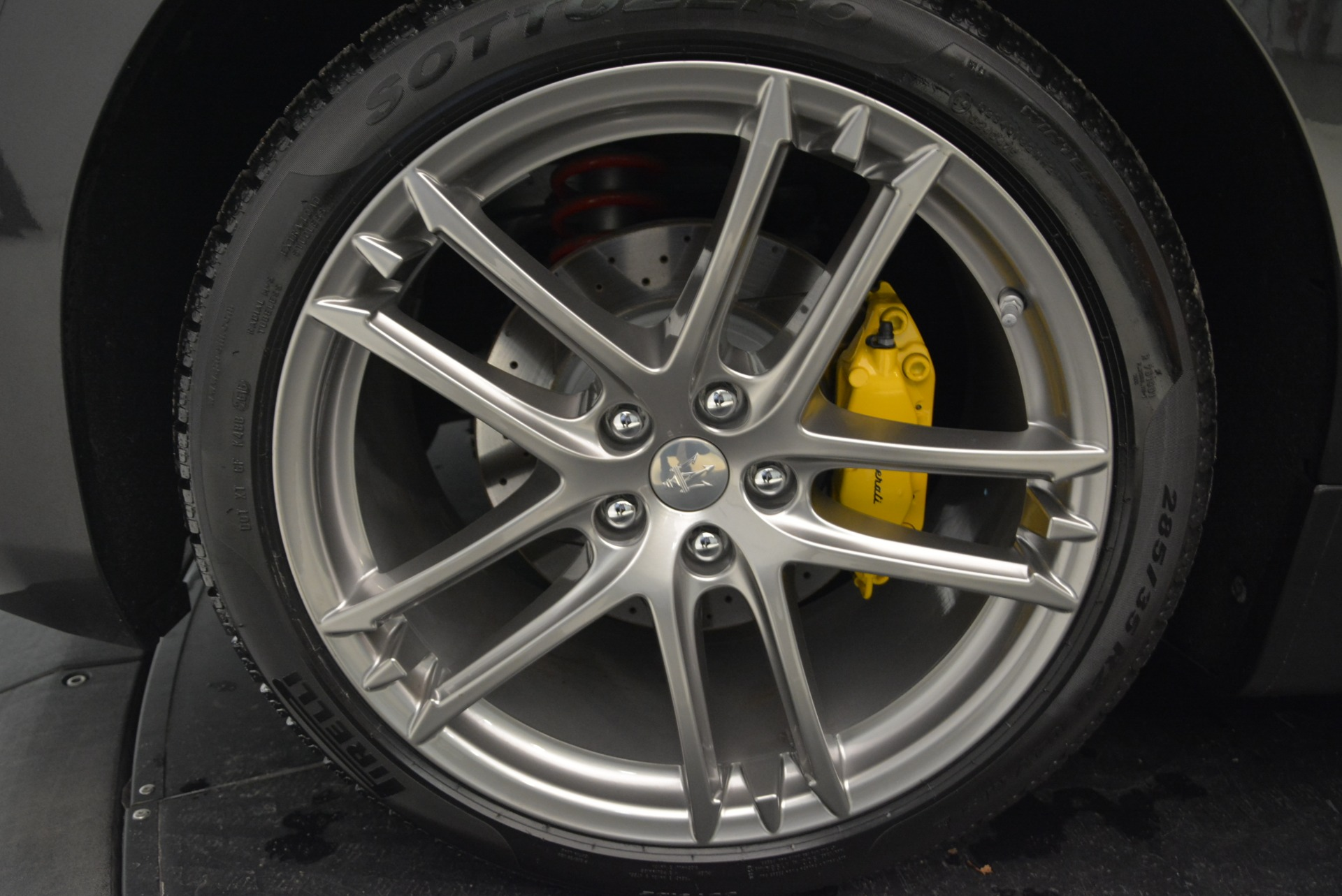 Used 2018 Maserati GranTurismo Sport Convertible For Sale In Westport, CT 1865_p37