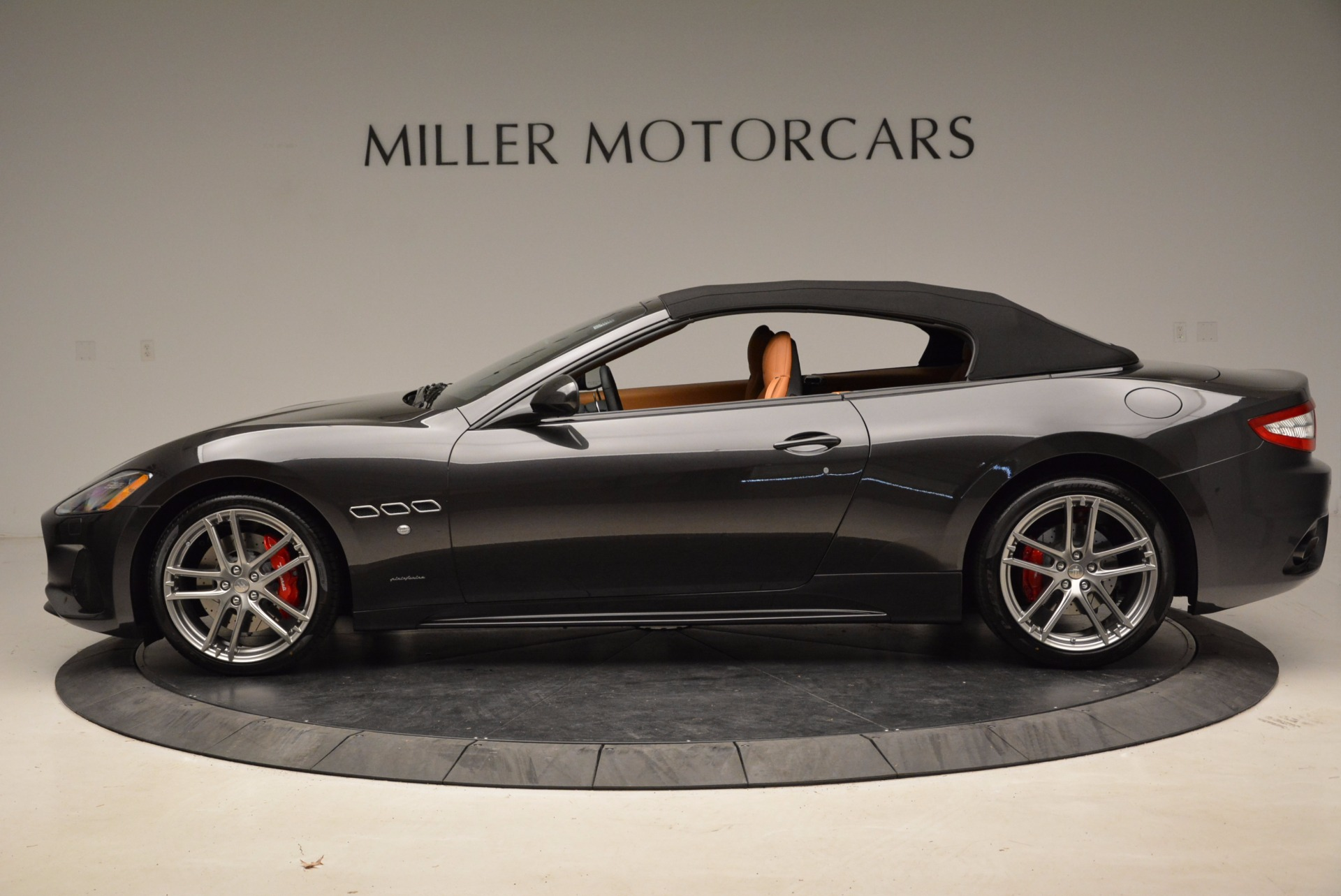 New 2018 Maserati GranTurismo Sport Convertible For Sale In Westport, CT 1869_p3