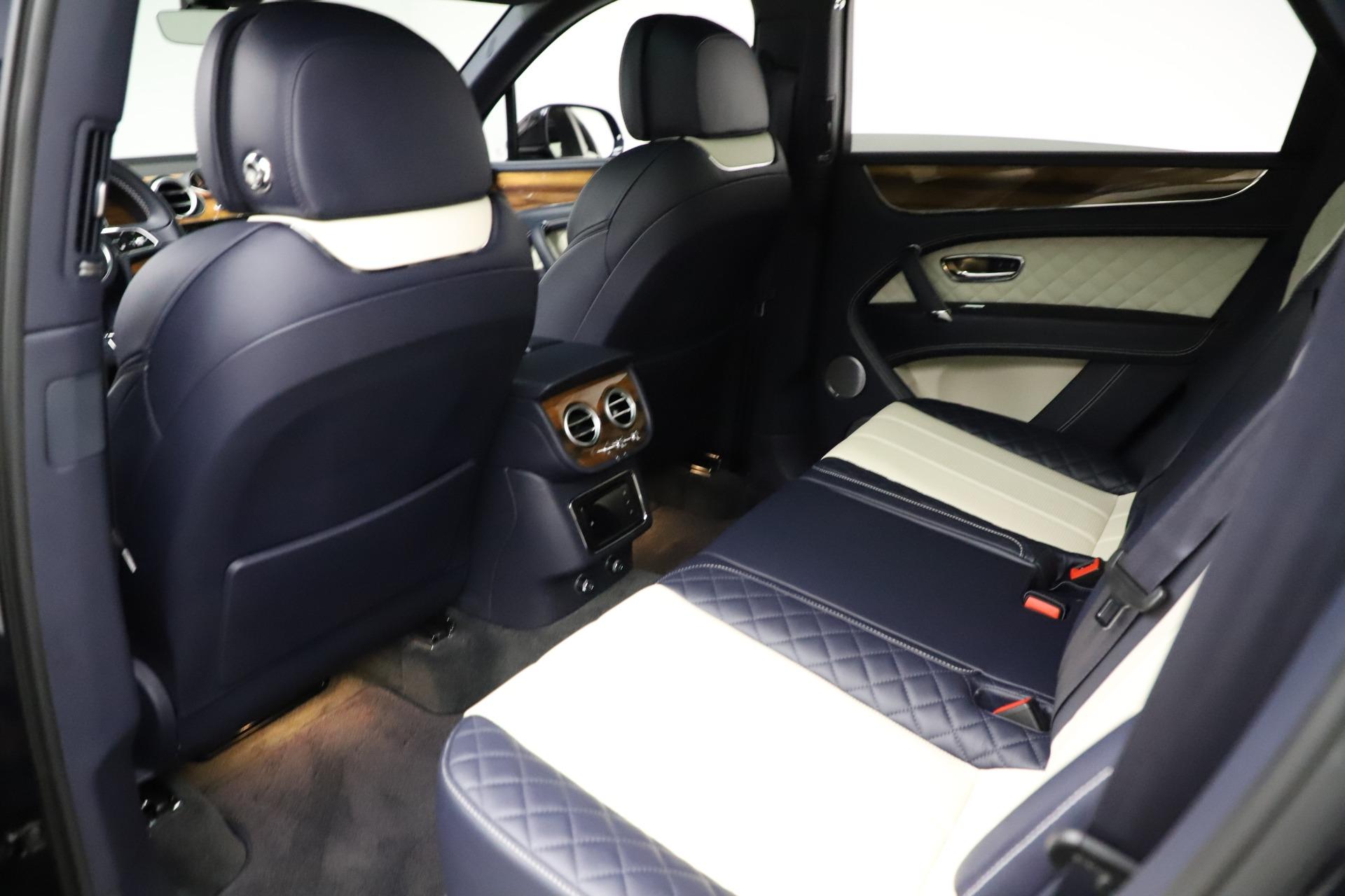 New 2018 Bentley Bentayga Signature For Sale In Westport, CT 1873_p22