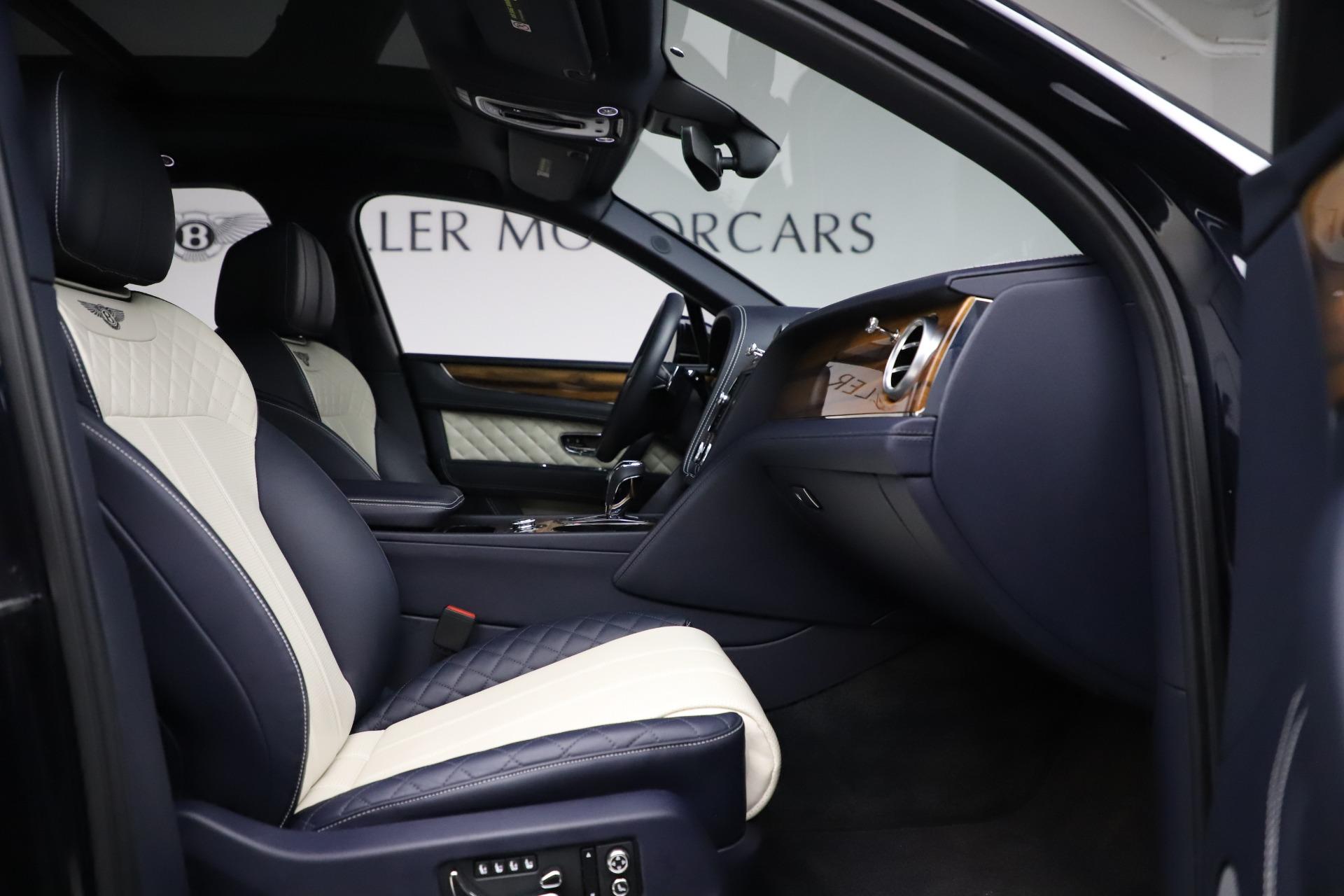 New 2018 Bentley Bentayga Signature For Sale In Westport, CT 1873_p27