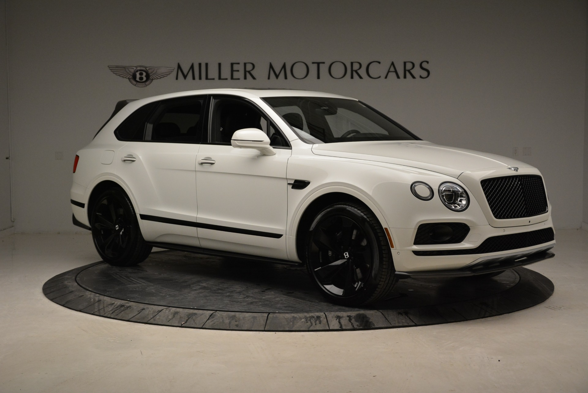 New 2018 Bentley Bentayga Black Edition For Sale In Westport, CT 1874_p10