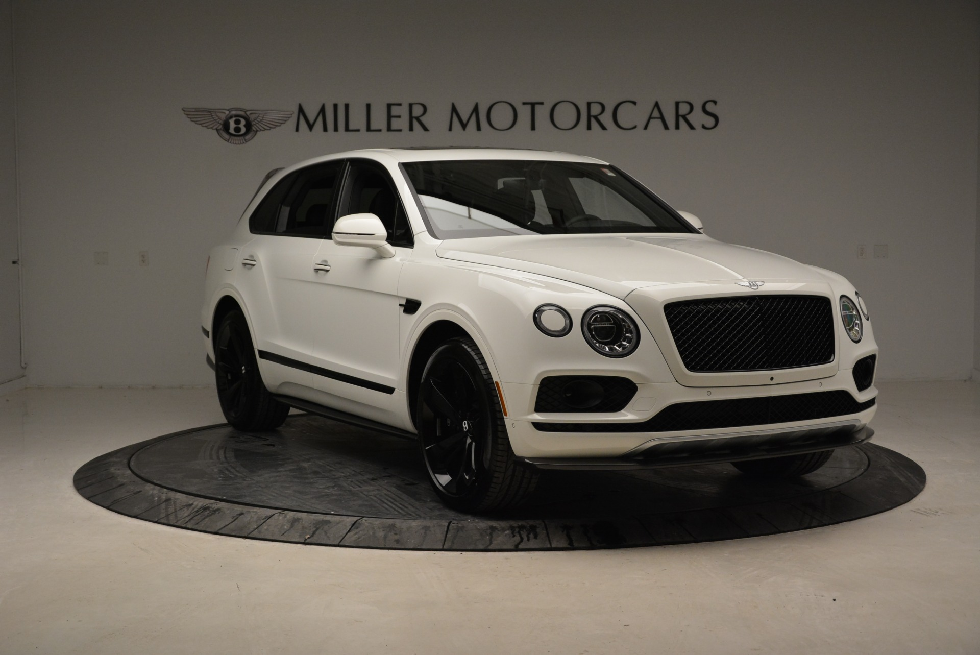 New 2018 Bentley Bentayga Black Edition For Sale In Westport, CT 1874_p11