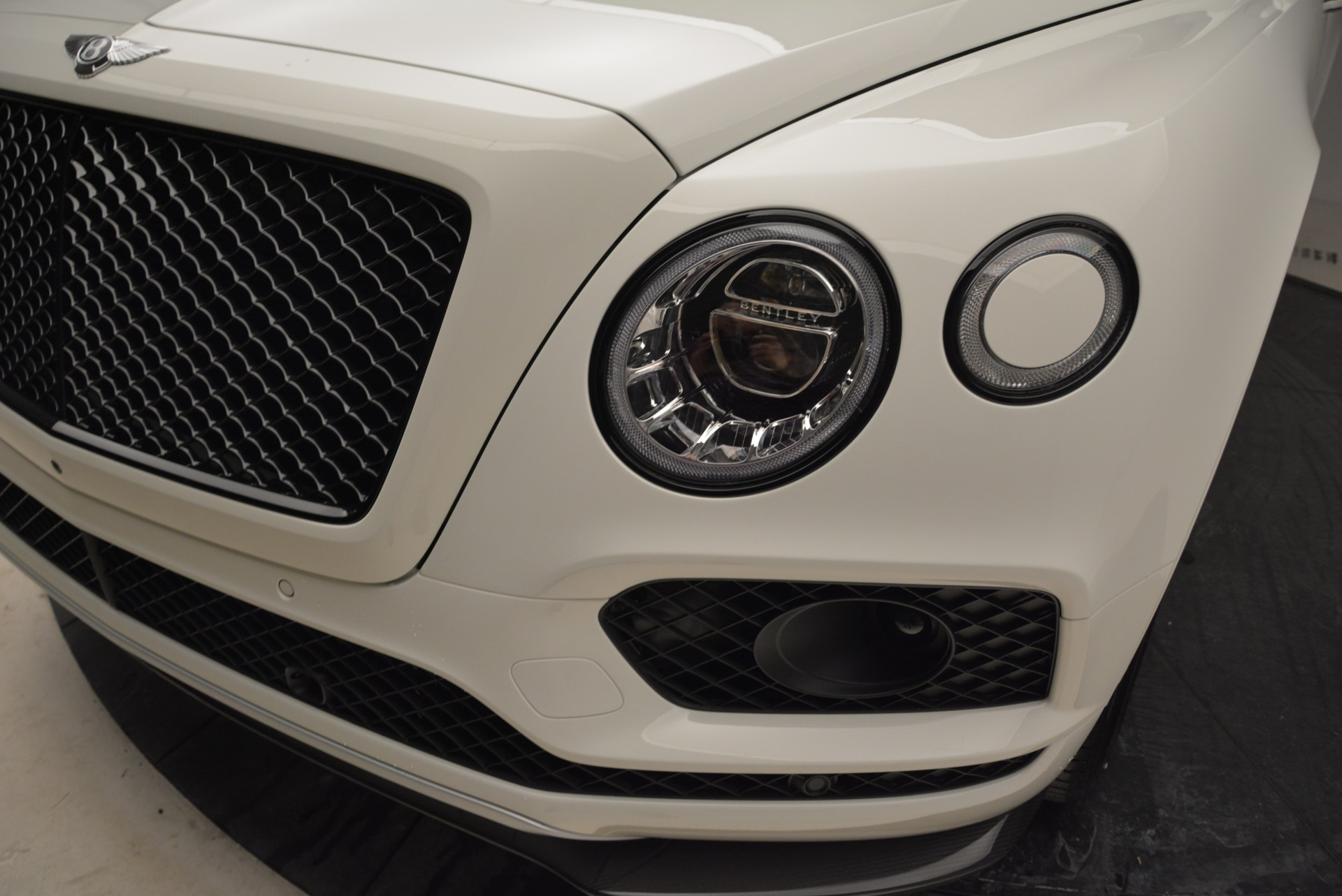 New 2018 Bentley Bentayga Black Edition For Sale In Westport, CT 1874_p15