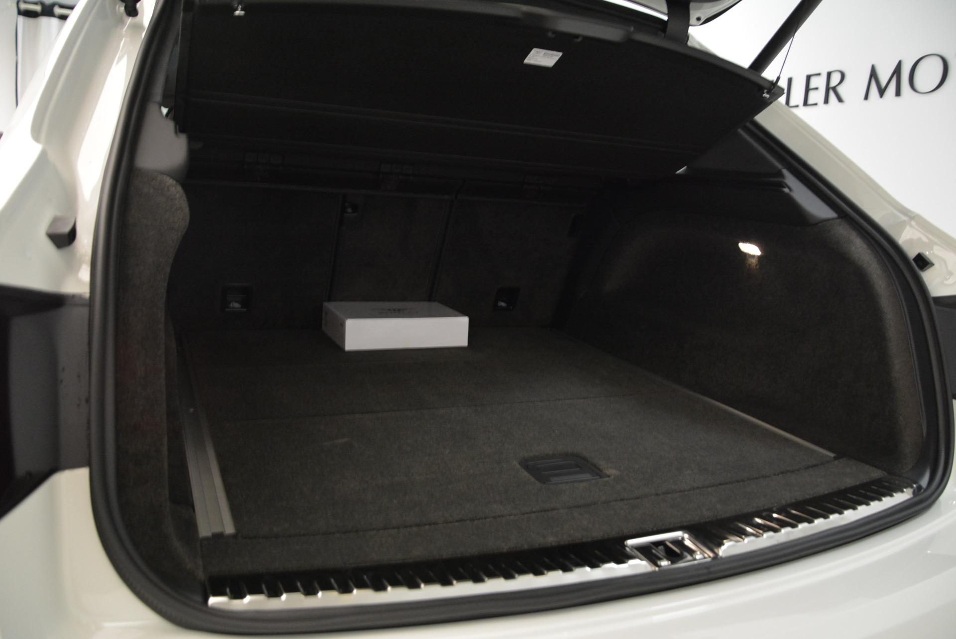 New 2018 Bentley Bentayga Black Edition For Sale In Westport, CT 1874_p50