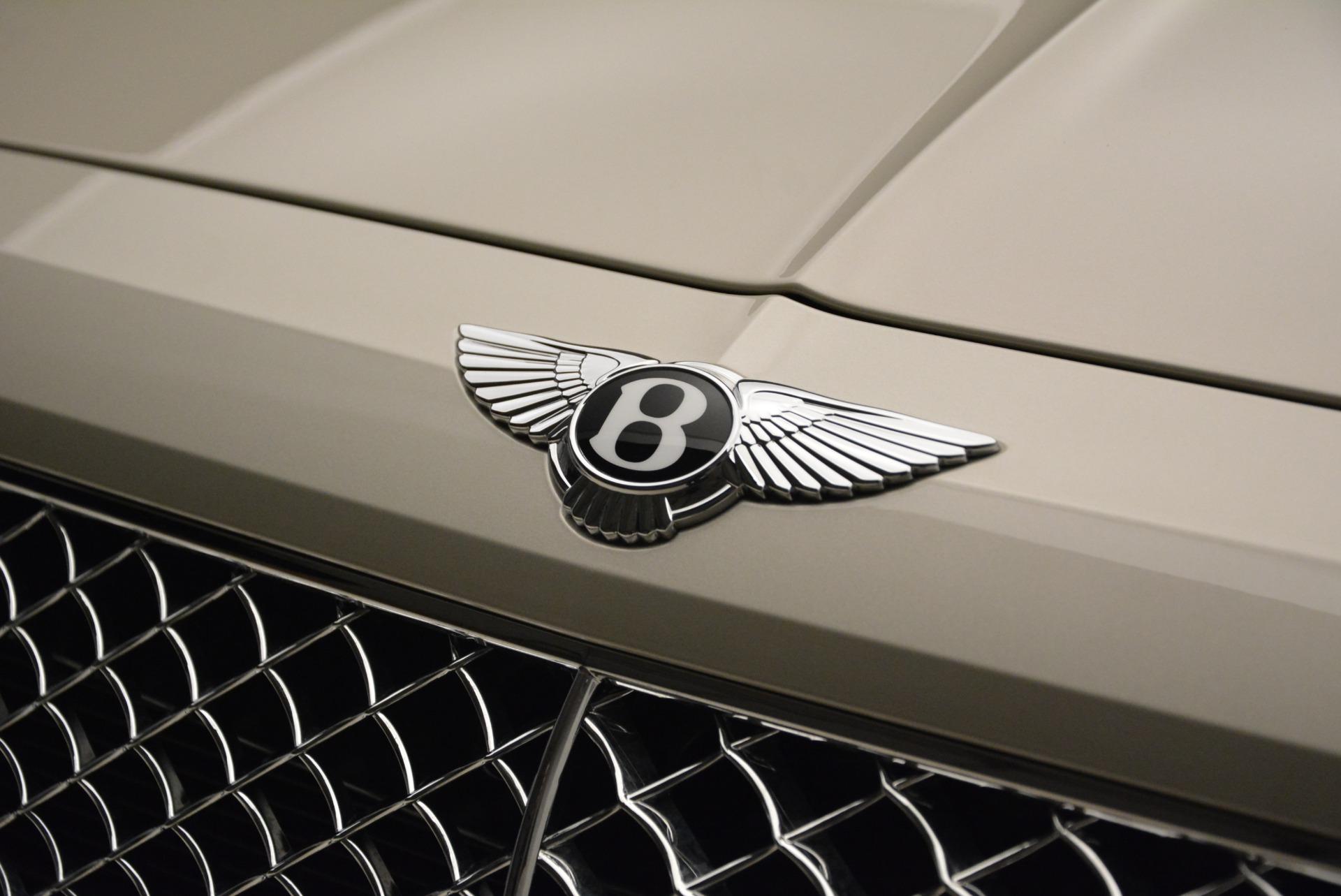 New 2018 Bentley Bentayga Signature For Sale In Westport, CT 1876_p15
