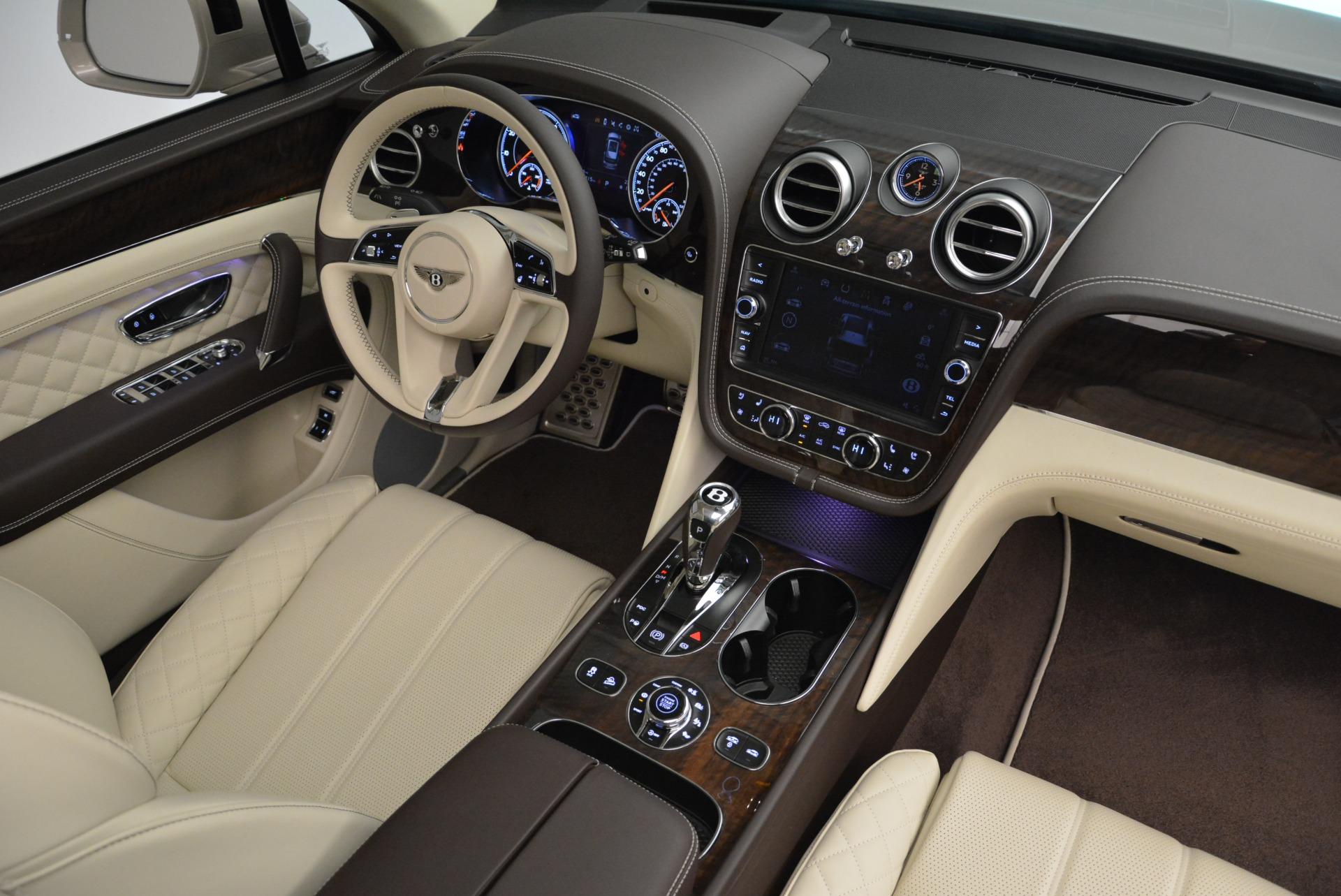New 2018 Bentley Bentayga Signature For Sale In Westport, CT 1876_p28
