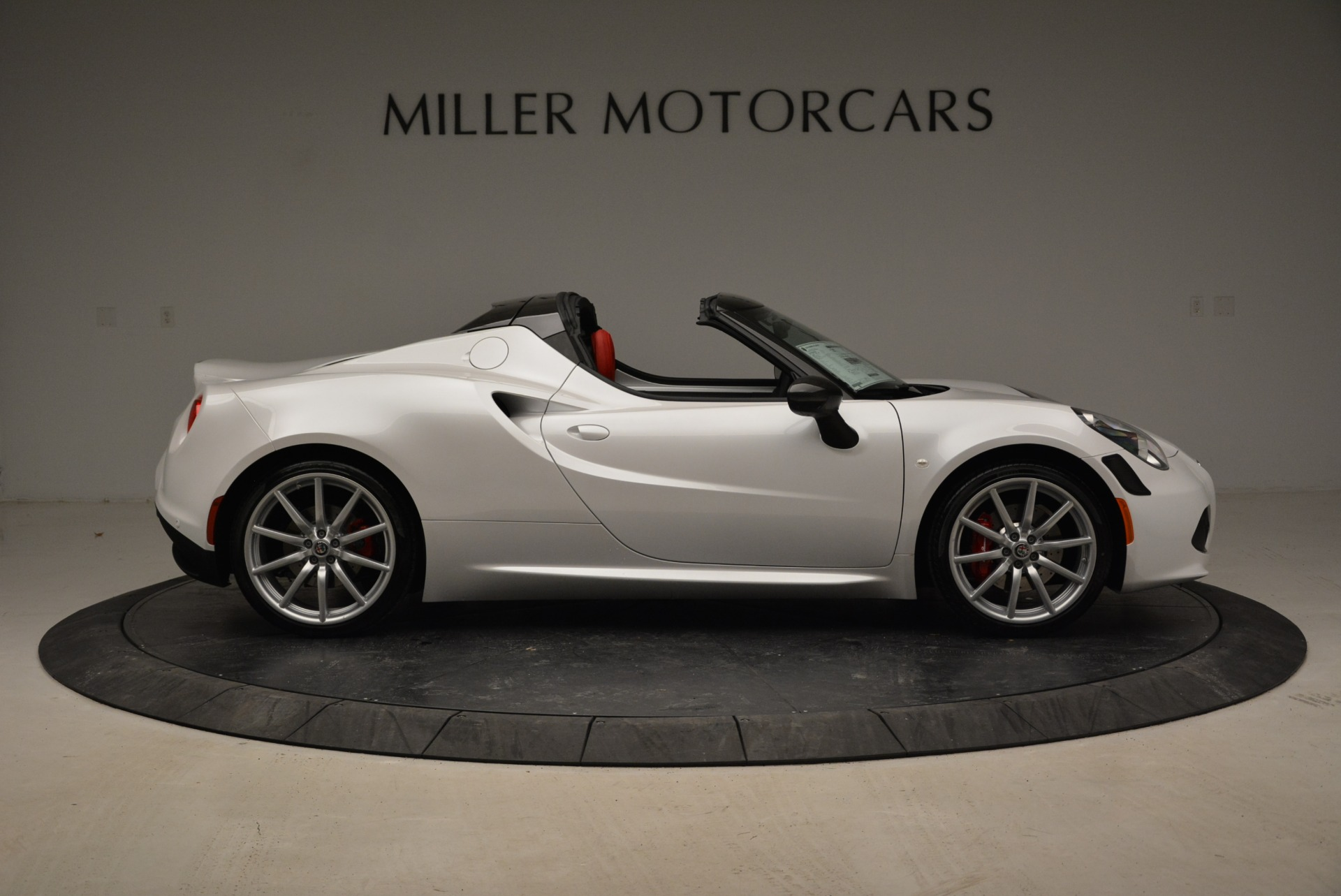 New 2018 Alfa Romeo 4C Spider For Sale In Westport, CT 1878_p13