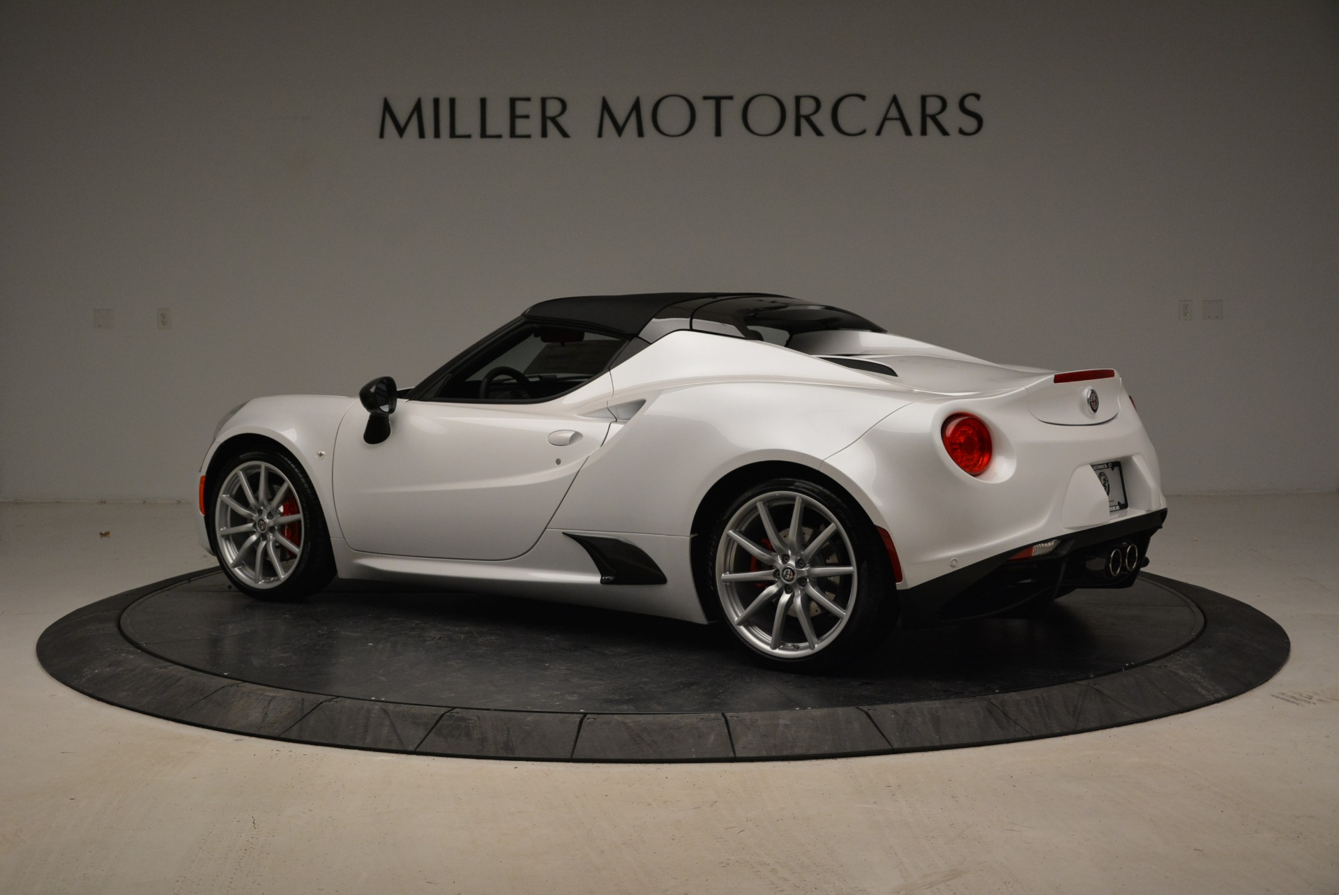 New 2018 Alfa Romeo 4C Spider For Sale In Westport, CT 1878_p7