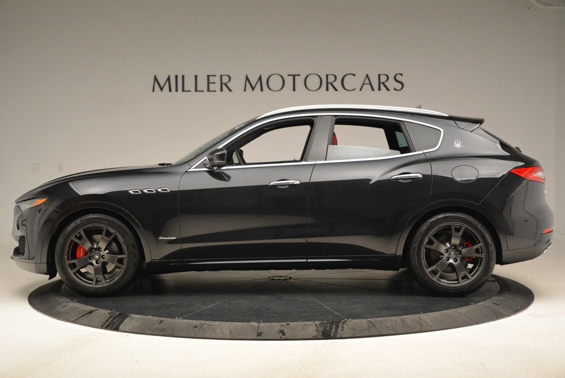 New 2018 Maserati Levante Q4 GranLusso For Sale In Westport, CT 1890_p3