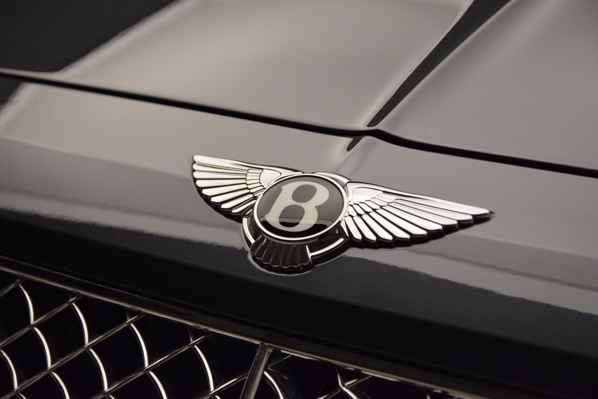 Used 2018 Bentley Bentayga W12 Signature For Sale In Westport, CT 1903_p16