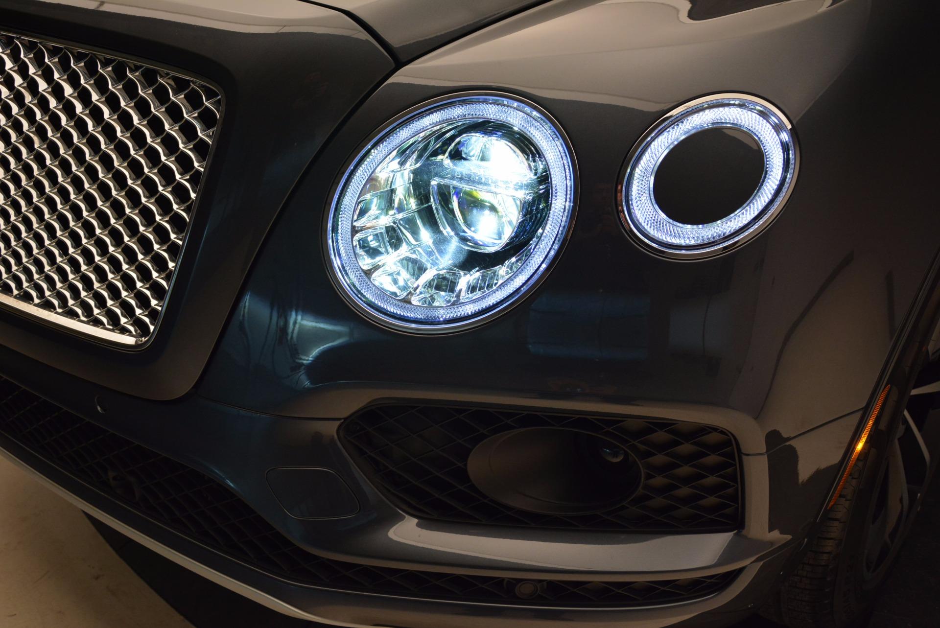 Used 2018 Bentley Bentayga W12 Signature For Sale In Westport, CT 1903_p19