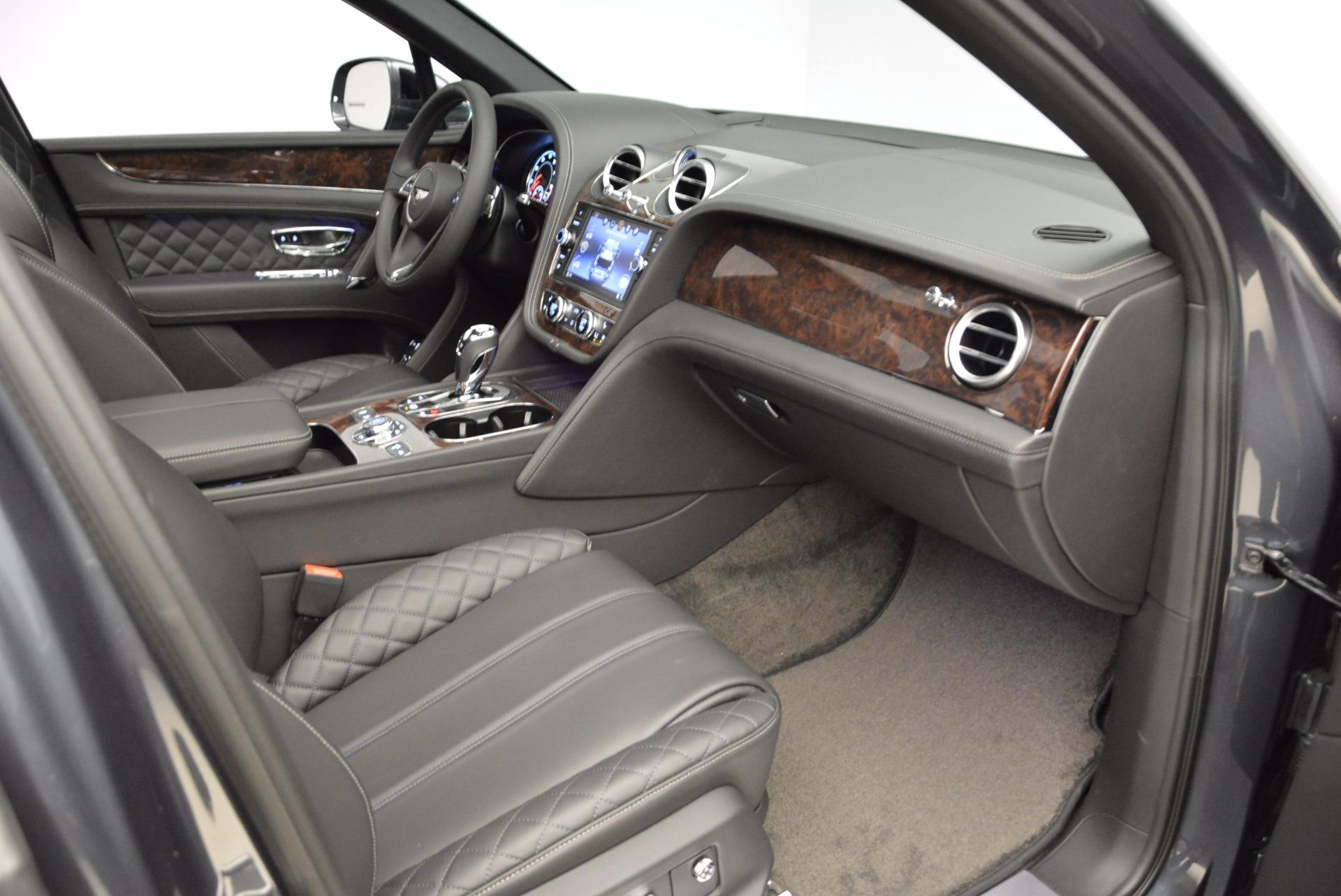 Used 2018 Bentley Bentayga W12 Signature For Sale In Westport, CT 1903_p40