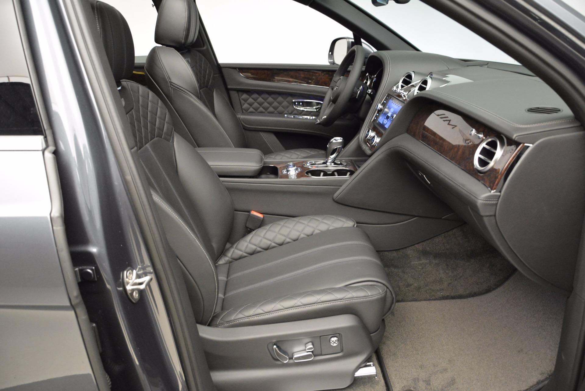Used 2018 Bentley Bentayga W12 Signature For Sale In Westport, CT 1903_p41